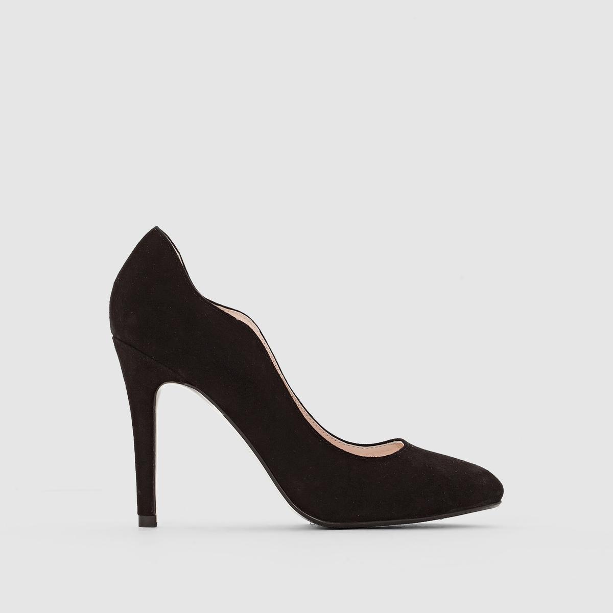 Туфли с волнистым вырезом