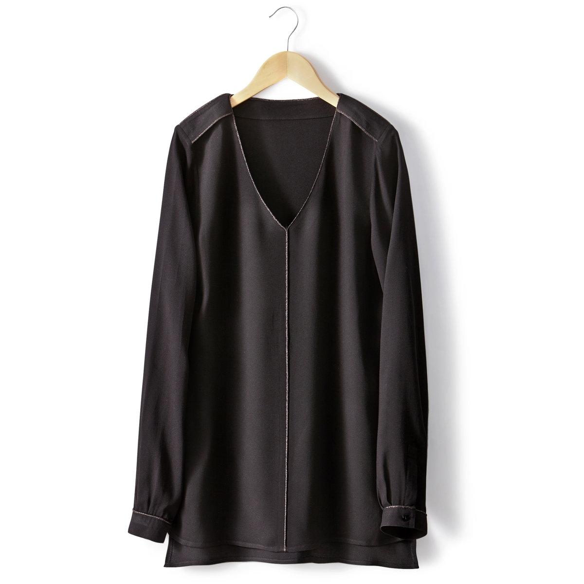 Блузка с V-образным вырезомБлуза с V-образным вырезом. 100% вискозы. Длинные рукава. Вырез, передняя часть и плечевые детали отделаны бейкой из металлизированной нити. Длина 70 см.<br><br>Цвет: черный<br>Размер: 34 (FR) - 40 (RUS)