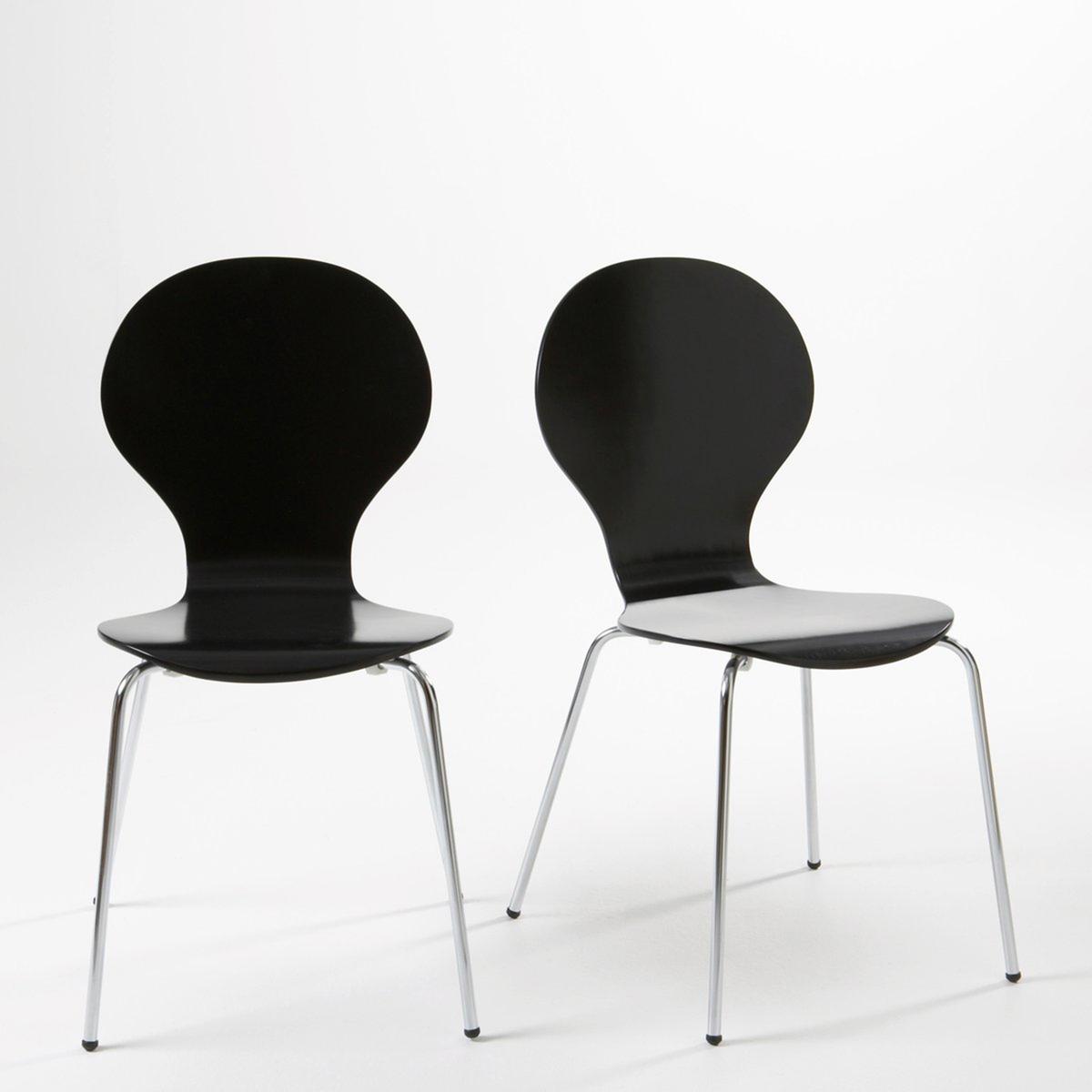 2 стула с выгнутыми спинками Janik