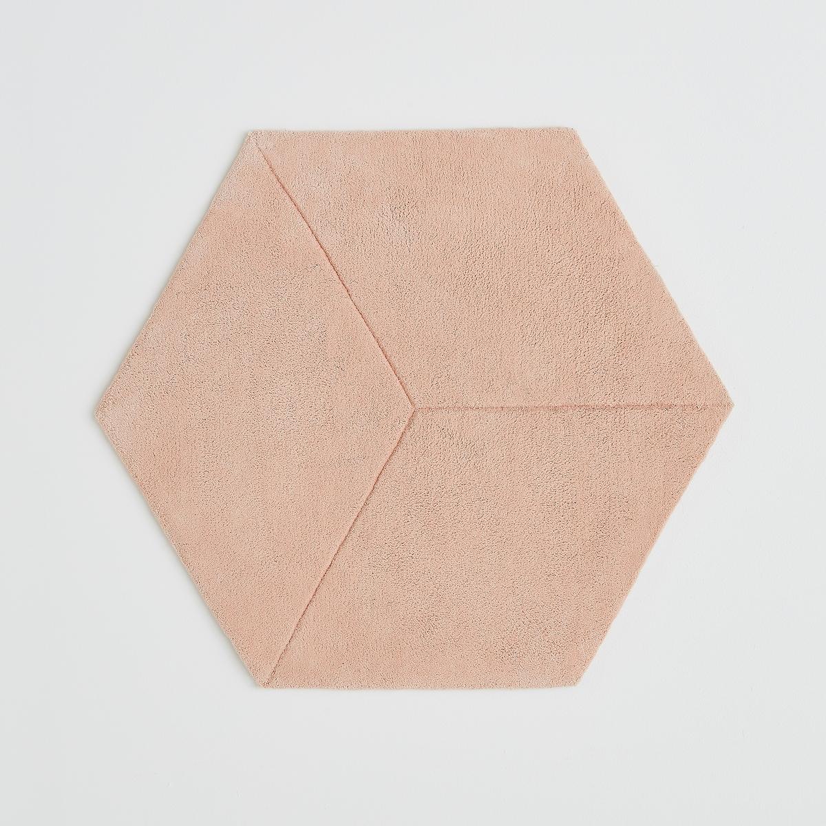 Ковер шестиугольный с эффектом 3D, Camino, 100% хлопокКовер шестиугольный с эффектом 3D, Camino, 100% хлопок. Ковер Camino выполнен в современных пастельных тонах с эффектом 3D. Сочетается с другими коврами  Camino, придает выразительность Вашему интерьеру. Описание ковра Camino :Ручная работа, 100% хлопка, 3500 г/м?.  Эффект 3D.Размеры ковра Camino :Размеры. 94 x 80 см Толщина : от 1,5 до 2 cм.Размеры и вес ящика :1 упаковка85 x 15 см 2,226 кг.<br><br>Цвет: розовый пастельный<br>Размер: единый размер