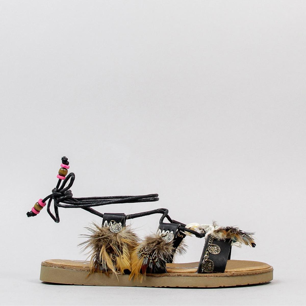 Босоножки DaikiriВерх : синтетика   Стелька : кожа   Подошва : каучук   Форма каблука : плоский каблук   Мысок : закругленный мысок   Застежка : завязки<br><br>Цвет: черный<br>Размер: 40