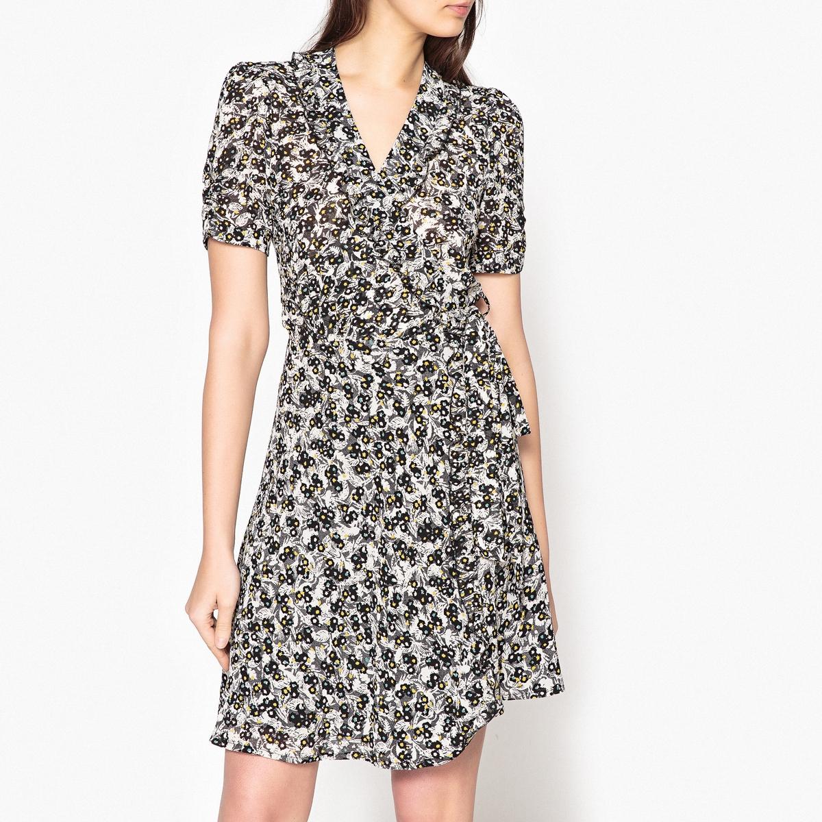 Платье с рисунком, с запахом WAKASAОписание:Платье с рисунком SESSUN - модель WAKASA. Платье с запахом и завязками, с V -образным вырезом и воланами. Короткие рукава.Детали: •  Форма : расклешенная •  Укороченная модель •  Короткие рукава    •   V-образный вырез •  Рисунок-принтСостав и уход: •  100% полиэстера •  Следуйте советам по уходу, указанным на этикетке. •  Платье с подкладкой •  Длина ок.90 см. 60 см для размера S.<br><br>Цвет: рисунок черный