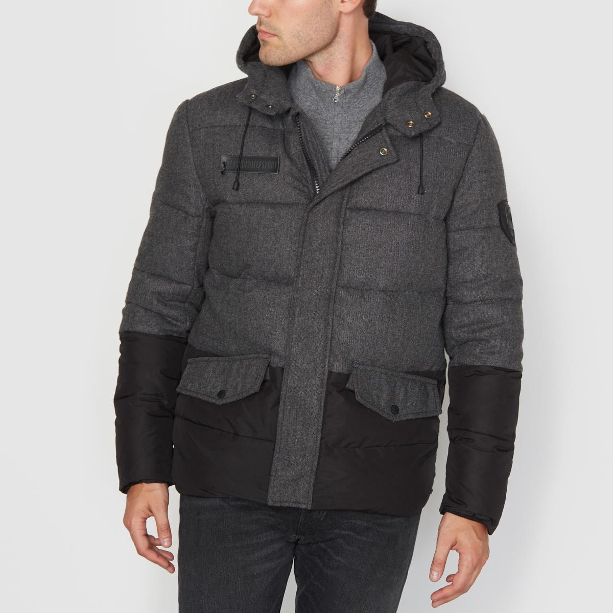 Куртка стёганая двухцветная с капюшоном GUMBALLСостав и описаниеМатериал: 80% полиэстера, 20% хлопка.Марка: REDSKINS<br><br>Цвет: антрацит<br>Размер: 3XL