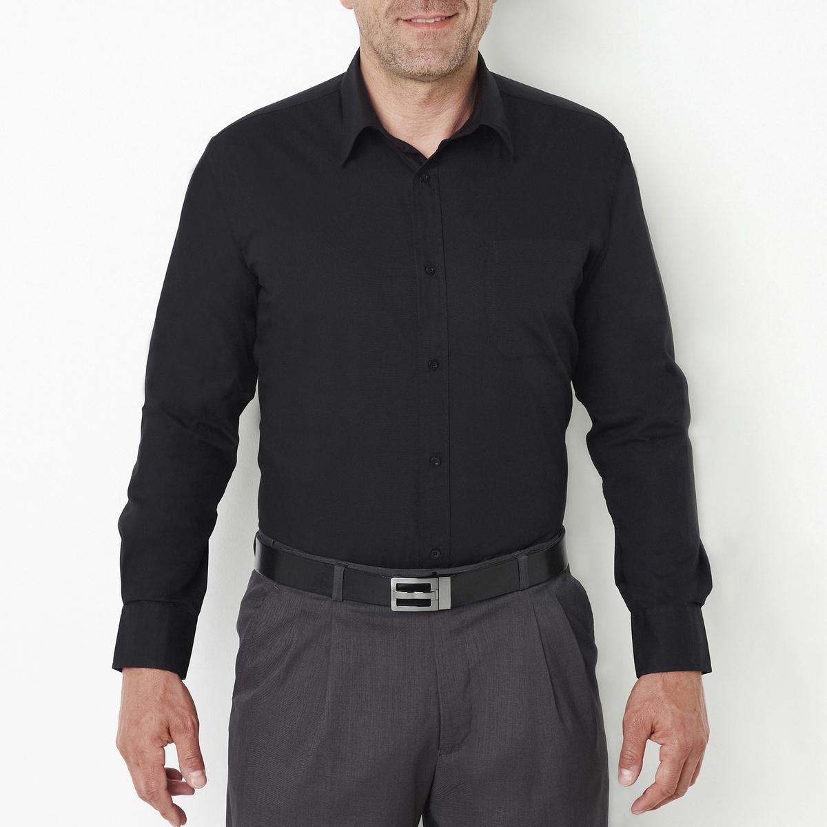 Рубашка однотонная с длинными рукавамиОписание:Детали •  Длинные рукава •  Прямой покрой •  Классический воротникСостав и уход    •  Стирать при 40° •  Любые растворители / не отбеливать   • Барабанная сушка на слабом режиме       • Средняя температура глажки Товар из коллекции больших размеров •  Длина: 86 см<br><br>Цвет: черный