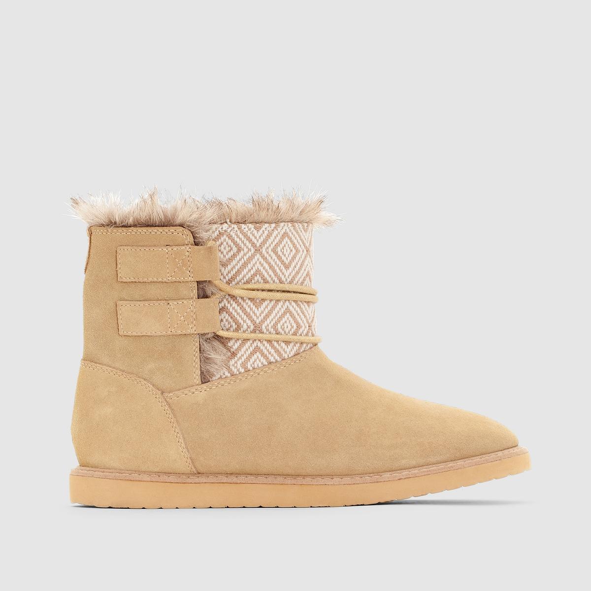 Ботинки Tara J Boot TanСтильные ботинки с искусственным мехом и рисунками от Roxy !<br><br>Цвет: темно-коричневый