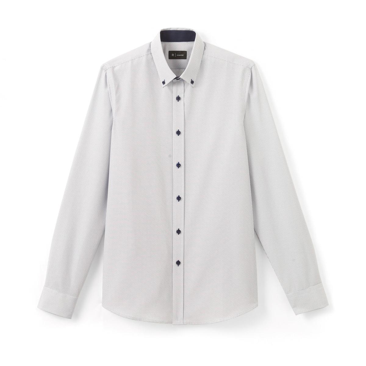 Рубашка узкая с принтом, из хлопкаРубашка с длинными рукавами и рисунком. Узкий покрой и классический воротник со свободными кончиками . Низ рукавов с застежкой на пуговицы.Состав и описание :Материал  55% хлопка, 45% полиэстера  Марка  R ?ditionДлина 79 смУход:Машинная стирка при 40 °ССтирка с вещами схожих цветовОтбеливание запрещеноГладить при умеренной температуреСухая (химическая) чистка запрещенаМашинная сушка в умеренном режиме<br><br>Цвет: рисунок/белый<br>Размер: 47/48