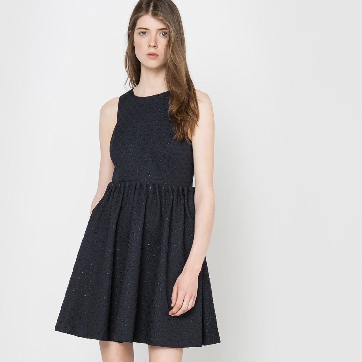 Платье вечернее с декольте сзади