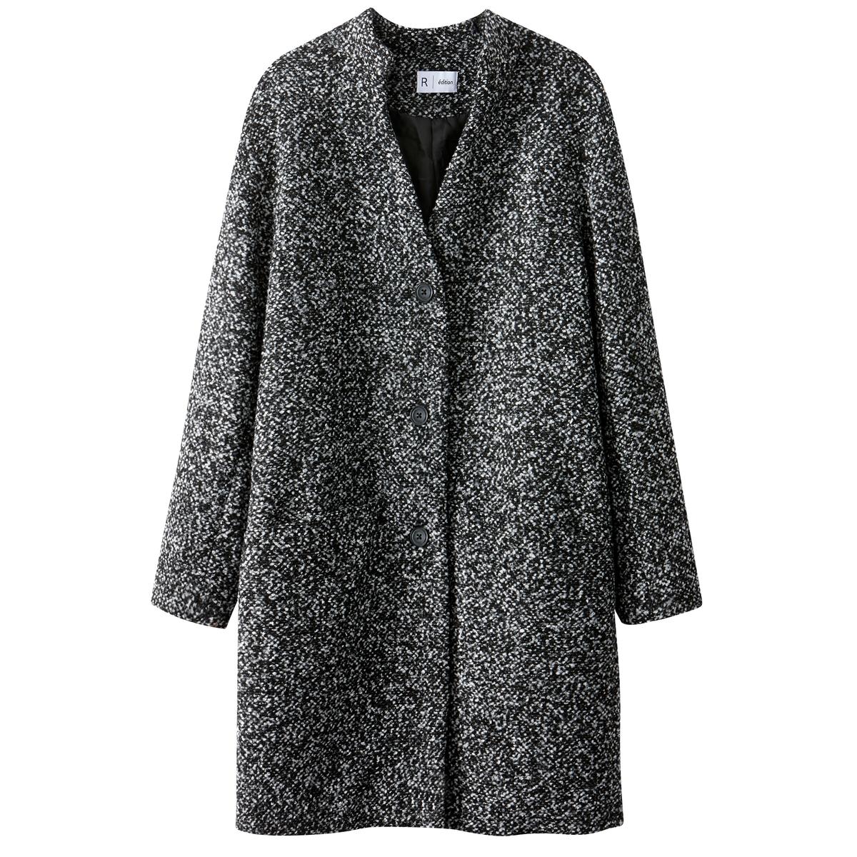 Пальто из меланжевой ткани, 50% шерсти.Описание:Пальто прямого покроя цвета серый меланж с застежкой на кнопки. Небольшой воротник-стойка. Карманы по бокам. Полностью на подкладке.Детали •  Длина : средняя •  Воротник-мао  •  Застежка на кнопкиСостав и уход •  2% вискозы, 7% шерсти, 13% акрила, 1% полиамида •  Температура стирки при 30° на деликатном режиме   •  Сухая чистка и отбеливатели запрещены •  Не использовать барабанную сушку   •  Не гладить •  Длина : 92 см<br><br>Цвет: серый