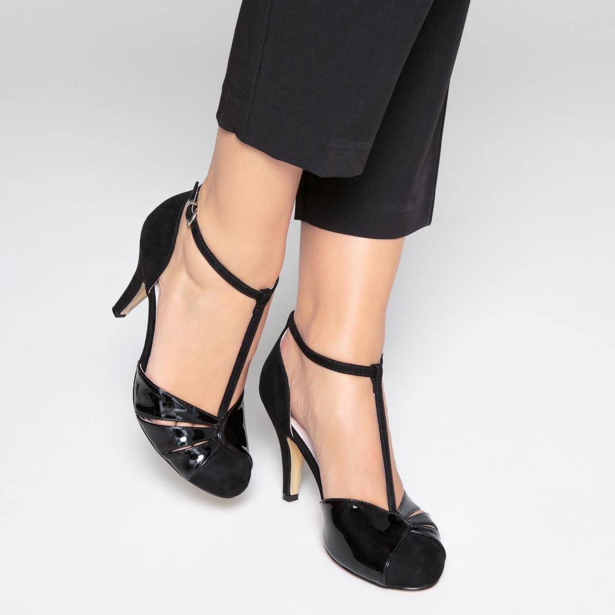Sapatos bimatéria, presilha no tornozelo