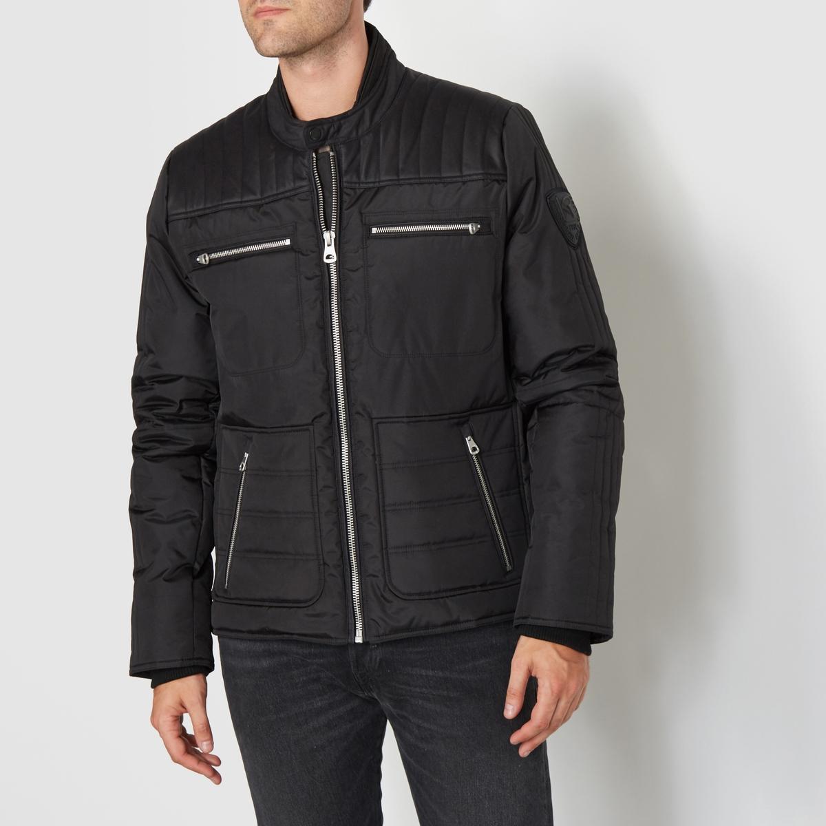 Стеганая куртка FENIXСостав и описаниеМатериал : 100% полиэстераМарка : REDSKINS<br><br>Цвет: черный<br>Размер: M