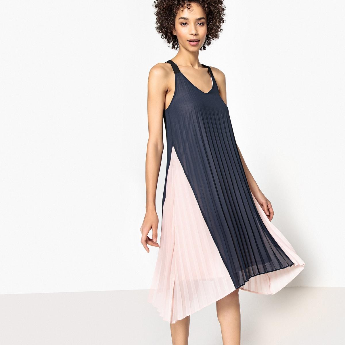 Платье двухцветное с плиссировкой и тонкими бретелями