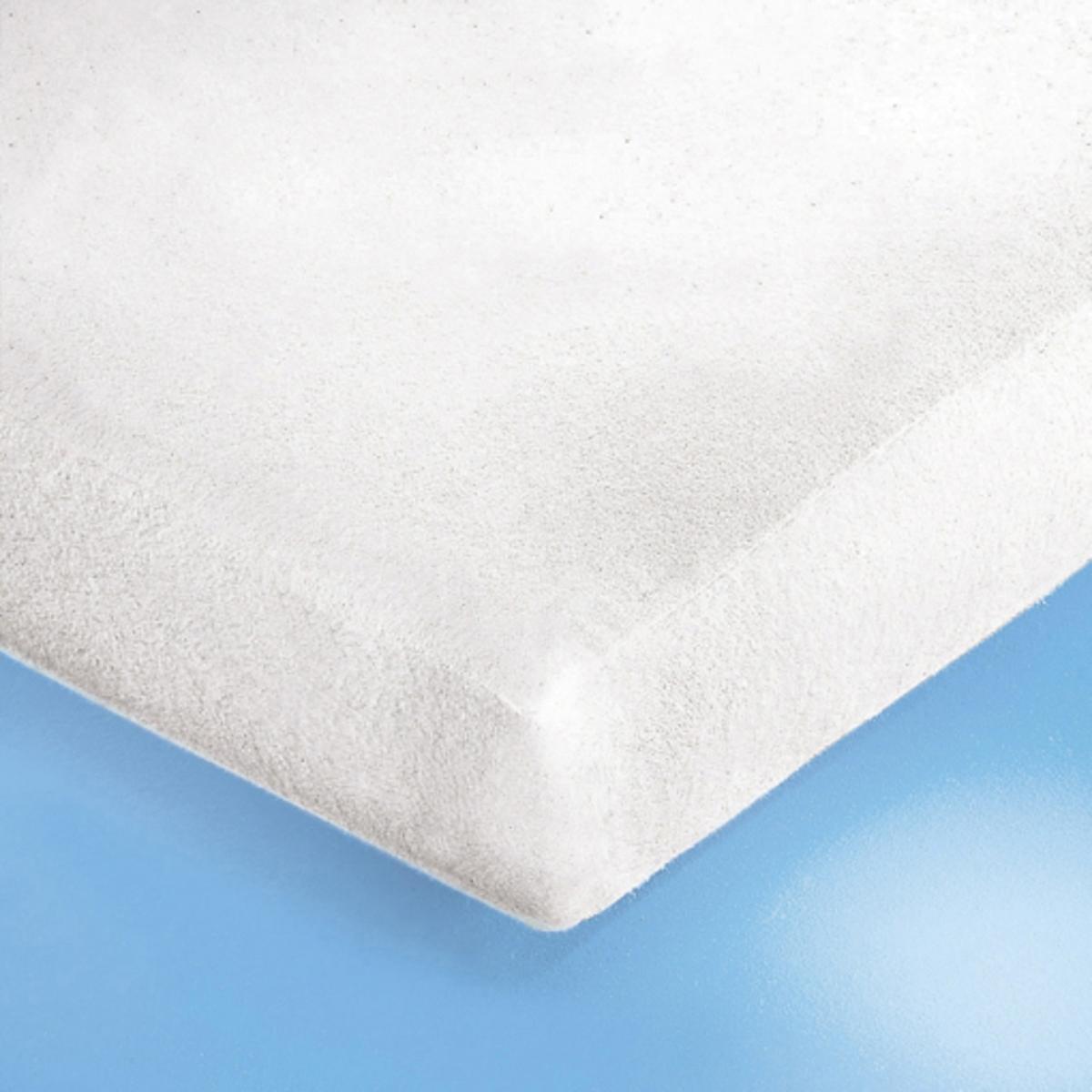 Чехол защитный на матрас из мольтона 400 г/м?, с пропиткой из непромокаемого ПВХНадежная защита для Ваших постельных принадлежностей и уникальный комфорт для Вас: этот чехол поглощает потоотделения, выделение которых неизбежно во время сна, и защищает подушки и одеяла от появления разводов, скапливания бактерий и клещей.Чехол из мягкого, прочного и очень комфортного мольтона (с начесом с двух сторон) с пропиткой из непромокаемого ПВХ и обработкой Sanitized без фталатов.Стирка при 95°С для идеальной гигиены, обработка от усадки ткани SANFOR. Изделие с биоцидной обработкой.4 эластичных угла (высота. 27 см).Качество VALEUR S?RE.<br><br>Цвет: белый
