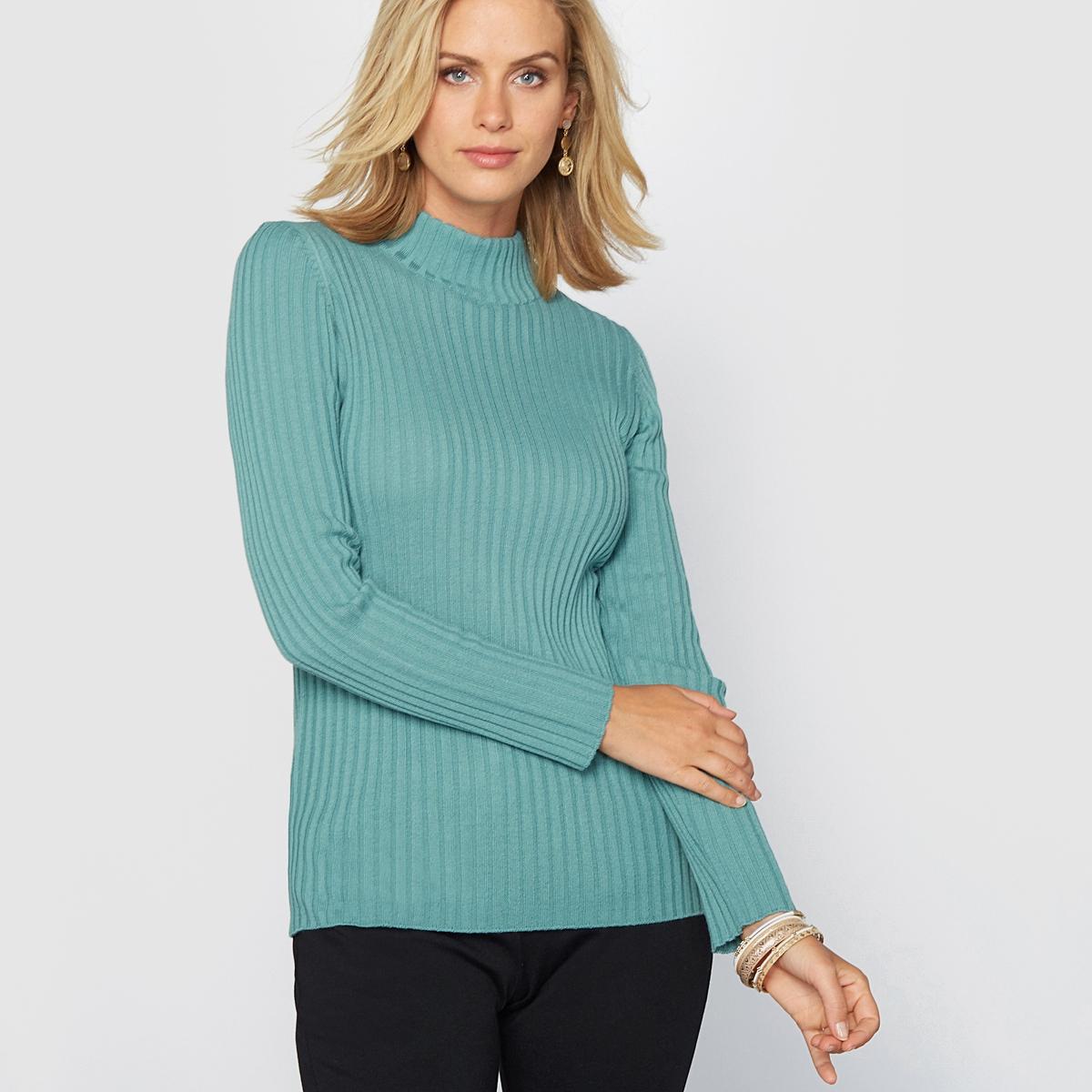Пуловер с высоким воротником и плоскими швами, 50% шерсти мериносаПуловер с высоким воротником, 100% хлопка. Красивый трикотаж с воротником-стойкой .  50% шерсти мериноса для приятного тепла и 50% акрила для комфорта при носке . Слегка приталенный покрой, придающий женственность, можно носить под пиджаком . Приспущенные плечевые швы. Края связаны в рубчик. Длина. 60 см. Машинная стирка.    100% применяемой шерсти мериноса получено без процедуры мьюлесинга, что гарантирует благополучие животных.<br><br>Цвет: кирпичный,синий/изумрудный,хаки<br>Размер: 38/40 (FR) - 44/46 (RUS).46/48 (FR) - 52/54 (RUS).46/48 (FR) - 52/54 (RUS).46/48 (FR) - 52/54 (RUS)