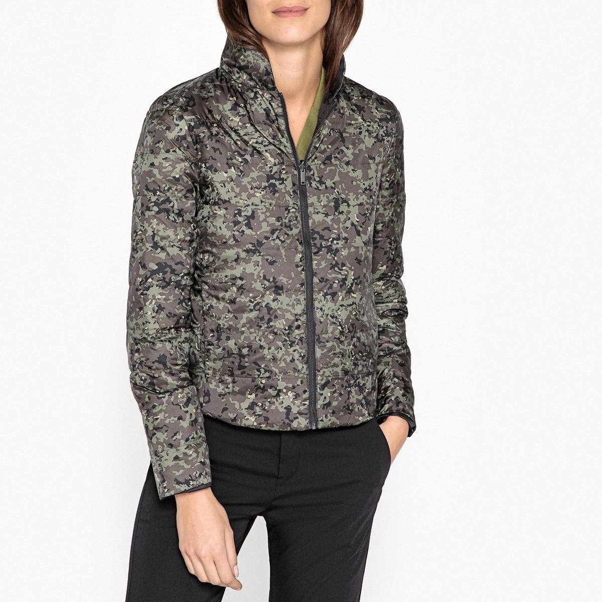 Куртка стеганая короткая с камуфляжным принтом куртка стеганая короткая с леопардовым принтом