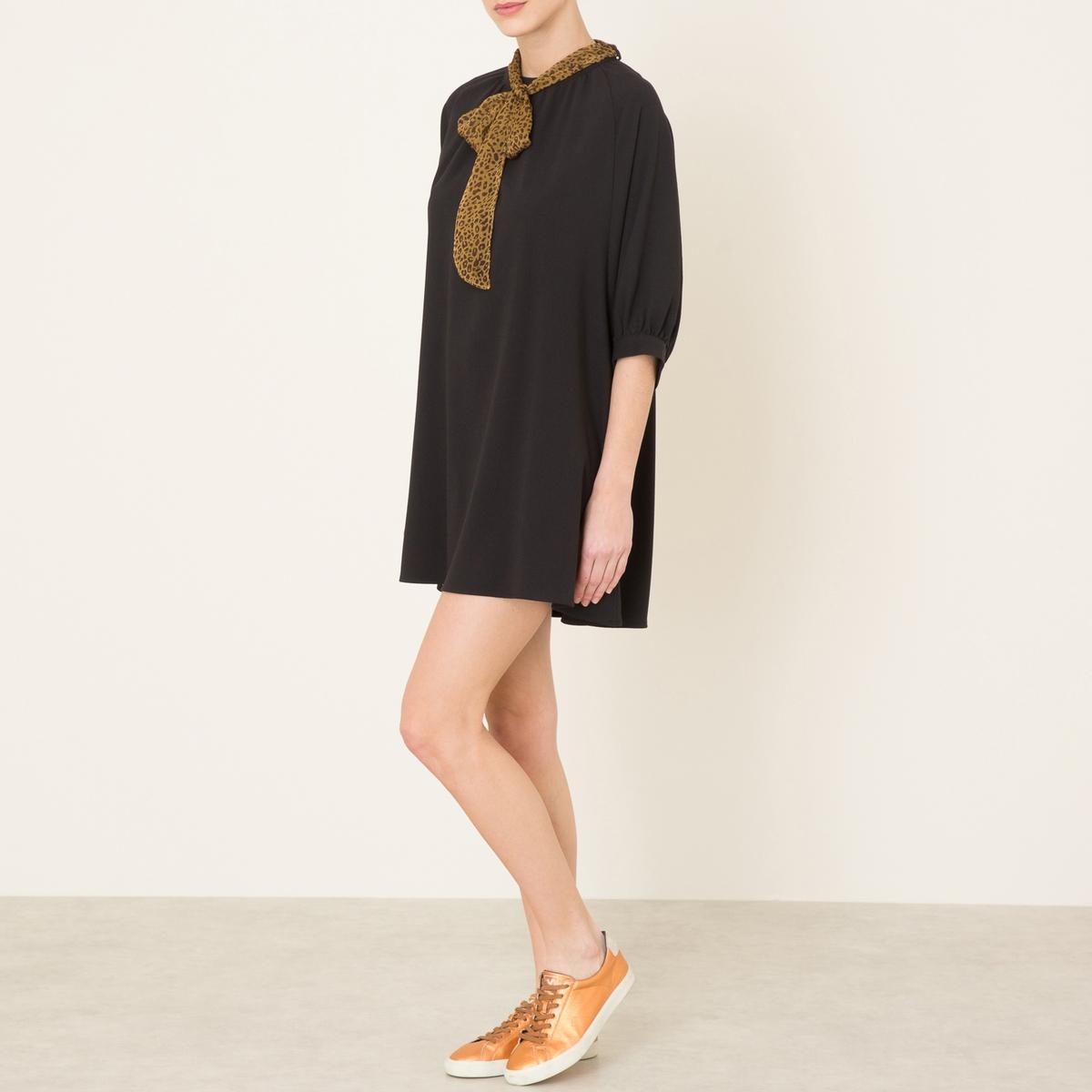 Платье струящееся с платочным рисункомСостав и описание    Материал : 97% полиэстера, 3% эластана   Длина : ок.85 см. для размера 36   Марка : SISTER JANE<br><br>Цвет: черный<br>Размер: L