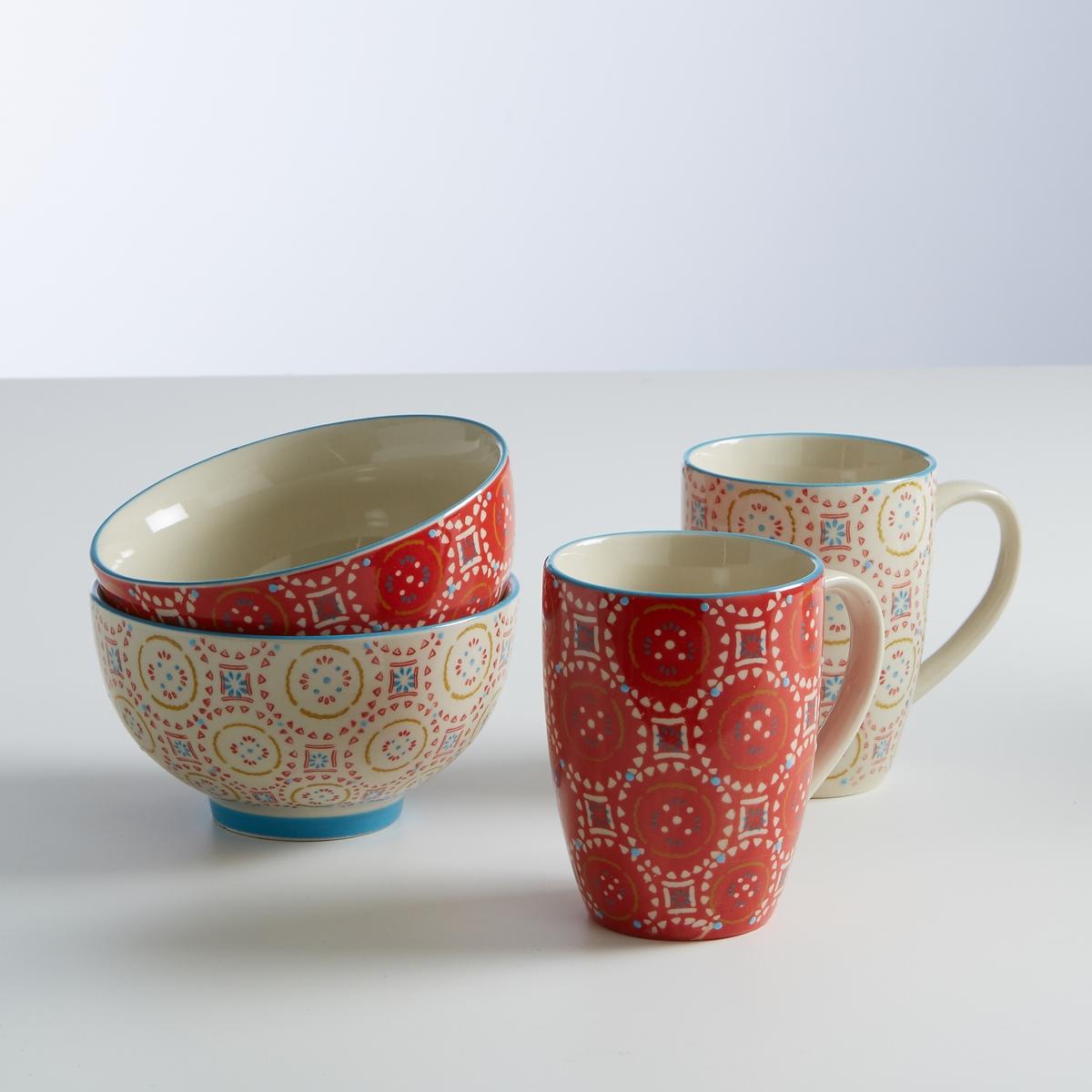 Сундучок из 4 приборов- чашки и кружкиХарактеристики сундучка с 2 чашками и 2 кружками :- Чашки и кружки из керамики - Кружки: Диаметр 8 см, Высота: 10 см. - Чашки : диаметр 13, 5 см, Высота  : 7 см.- Подходит для посудомоечной машинки и микроволновой печи - Продаются  в комплекте из 2 чашек + 2 кружек<br><br>Цвет: набивной рисунок<br>Размер: единый размер