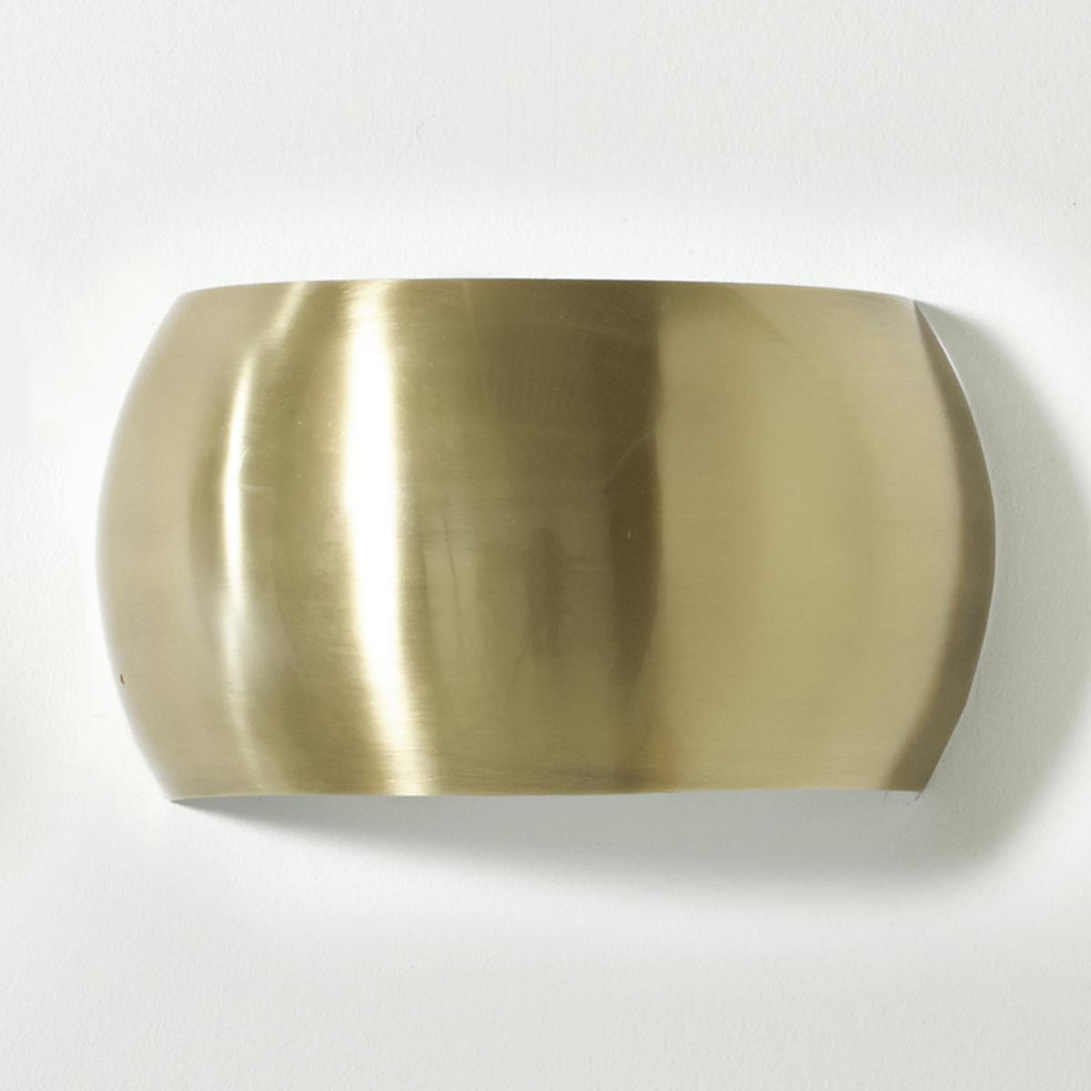 Бра настенное из металла EloriХарактеристики бра Elori :Металл с латунной отделкой. 2 лампочки G9 макс. 25W (не входят в комплект) . Энергетический класс C. Размеры бра Elori :Длина 23,5 x ширина 11,5 x высота 13 см<br><br>Цвет: латунь