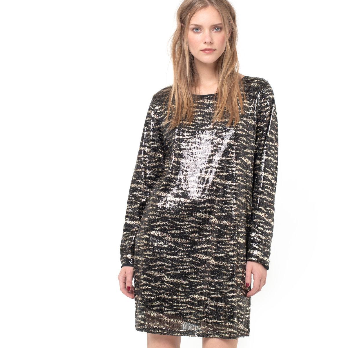 Платье с рисунком шкура животногоПлатье с рисунком шкура животного, расшитое блестками - VILA. Платье с рисунком тигриная шкура, расшитое блестками, отделка однотонным кантом черного цвета. Прямой покрой. Длинные рукава. Круглый вырез. Отрезная деталь в виде сердца на спинке, с застежкой на 2 кнопки. Платье из 100% полиэстера .<br><br>Цвет: черный/ золотистый