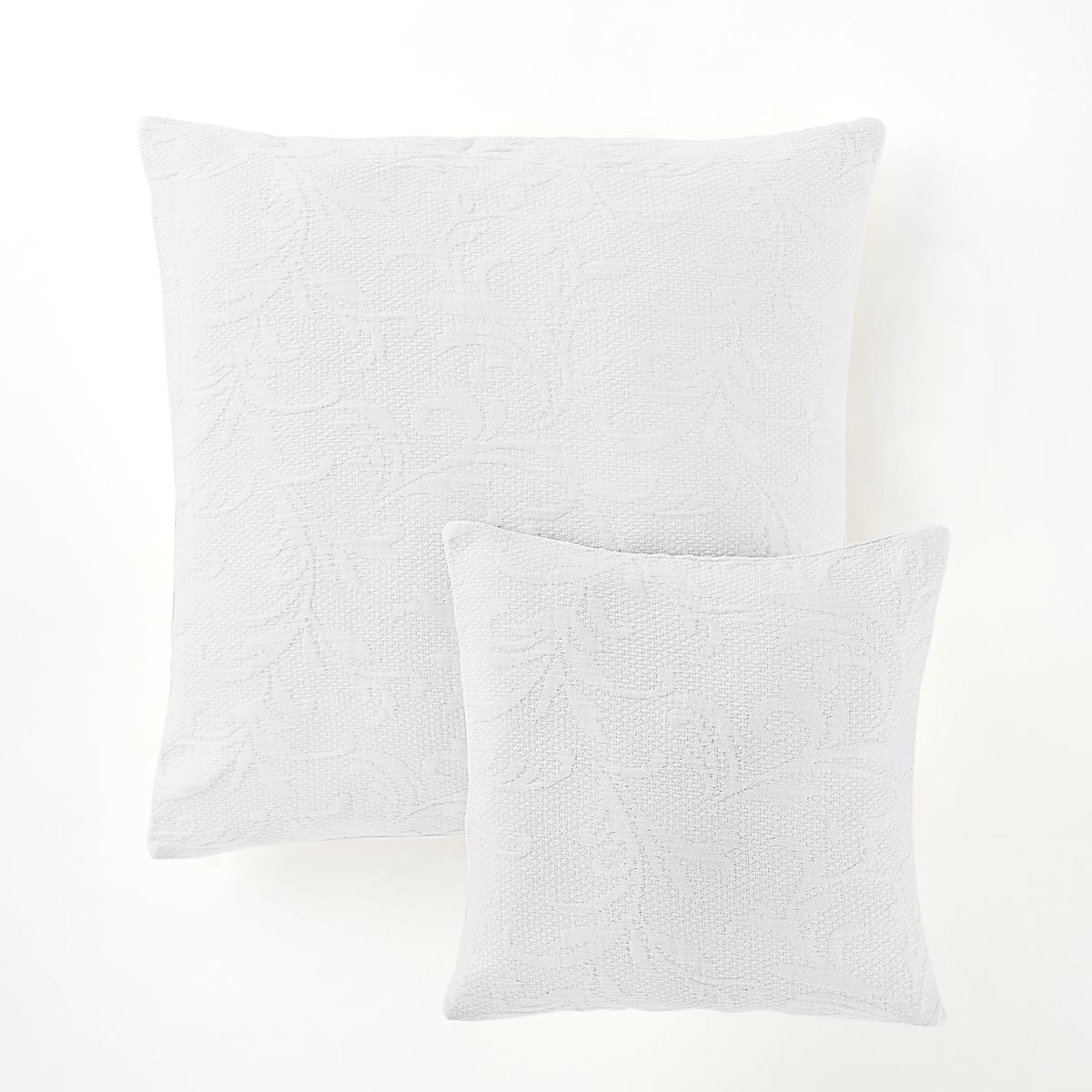 Наволочка на подушку-валик или подушку, AcantheНаволочка на подушку-валик или подушку, 100% хлопок, Acanthe. Наволочка на подушку-валик в аутентичном и изысканном стиле с рельефным рисунком и натуральными цветами...Характеристики наволочки на подушку-валик или подушку, 100% хлопок, Acanthe :Жаккардовая ткань, 100% хлопок, рельефный рисунокПодшитые края Застежка на скрытую молнию в тонМашинная стирка при 40 °С<br><br>Цвет: белый,светло-серый<br>Размер: 65 x 65  см.40 x 40  см