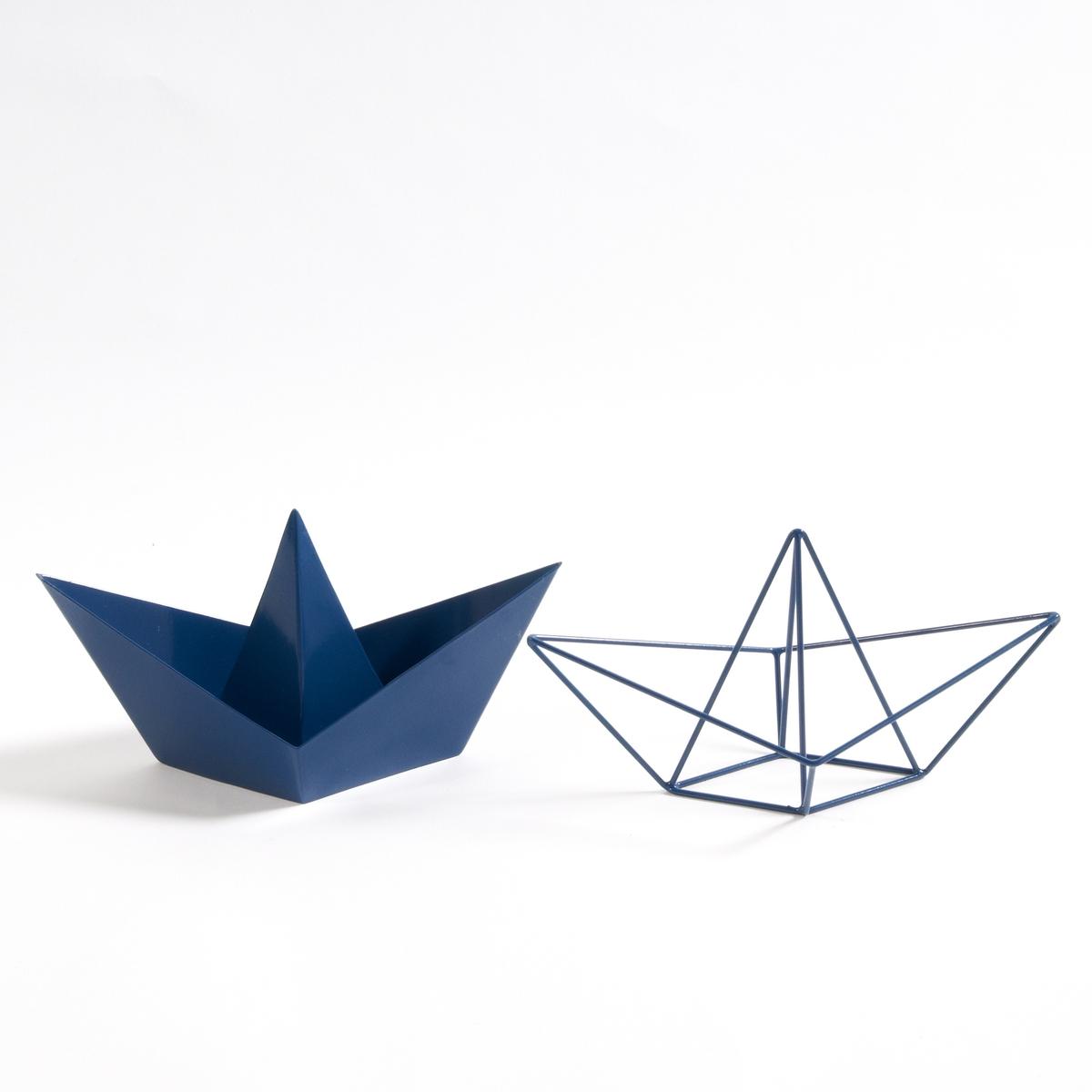 2 металлические лодки в стиле оригами  GayomaМеталлические лодки в стиле оригами Gayoma. 2 небольшие лодки морских оттенков добавят радости и свежести в Ваш интерьер.Описание чехла для подушки Bayac  Характеристики 2 металлических лодок оригами Gayoma :Металлический каркас (1 цельный, 1 проволочный), покрытый эпоксидной краскойРазмеры 2 металлических лодок оригами Gayoma :Ш23 x 11 x В9,5 см<br><br>Цвет: синий