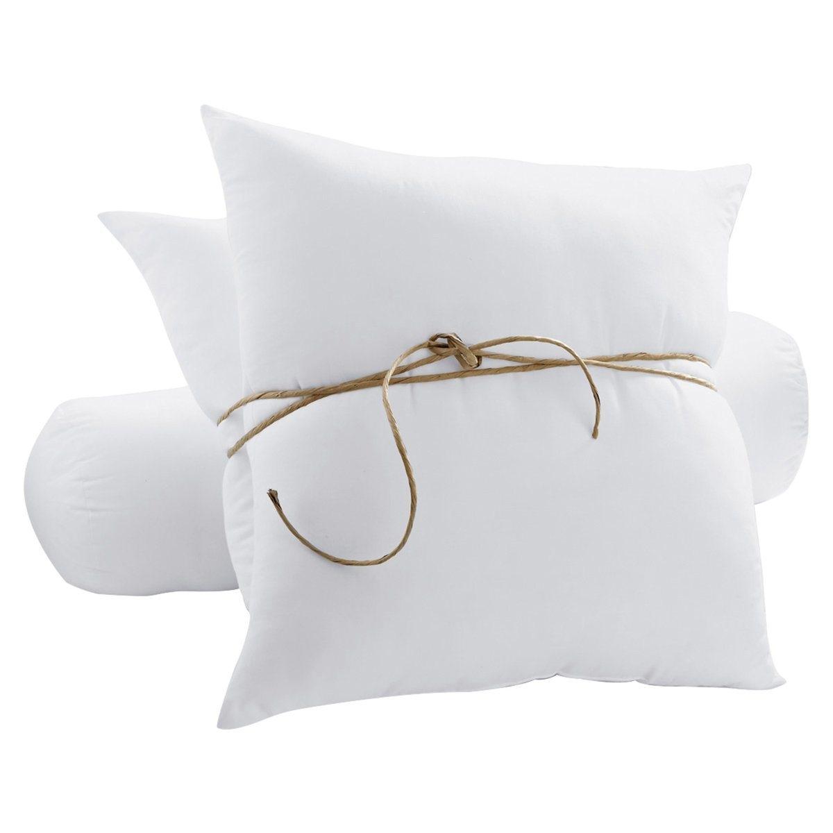 Подушка в виде валика синтетическая, с обработкой против клещей