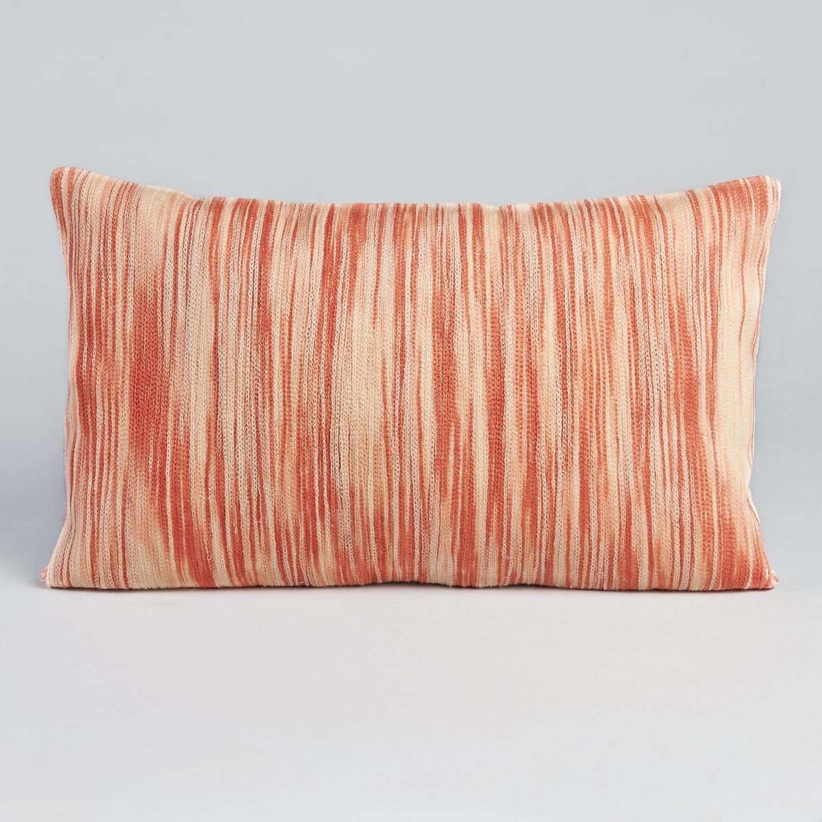 Чехол для подушки EliasВышитый чехол для подушки.Застежка на молнию. Материал :-  100% хлопок, вышивка из акрила. Размер :- 50 x 30 см.<br><br>Цвет: розовый<br>Размер: 50 x 30 см