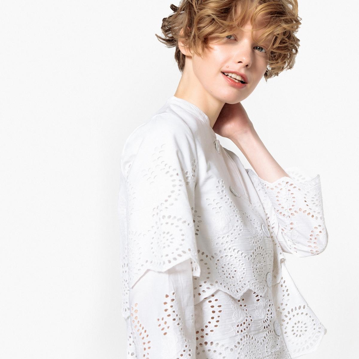 Жакет прямого покроя с пиджачным воротником с английской вышивкой