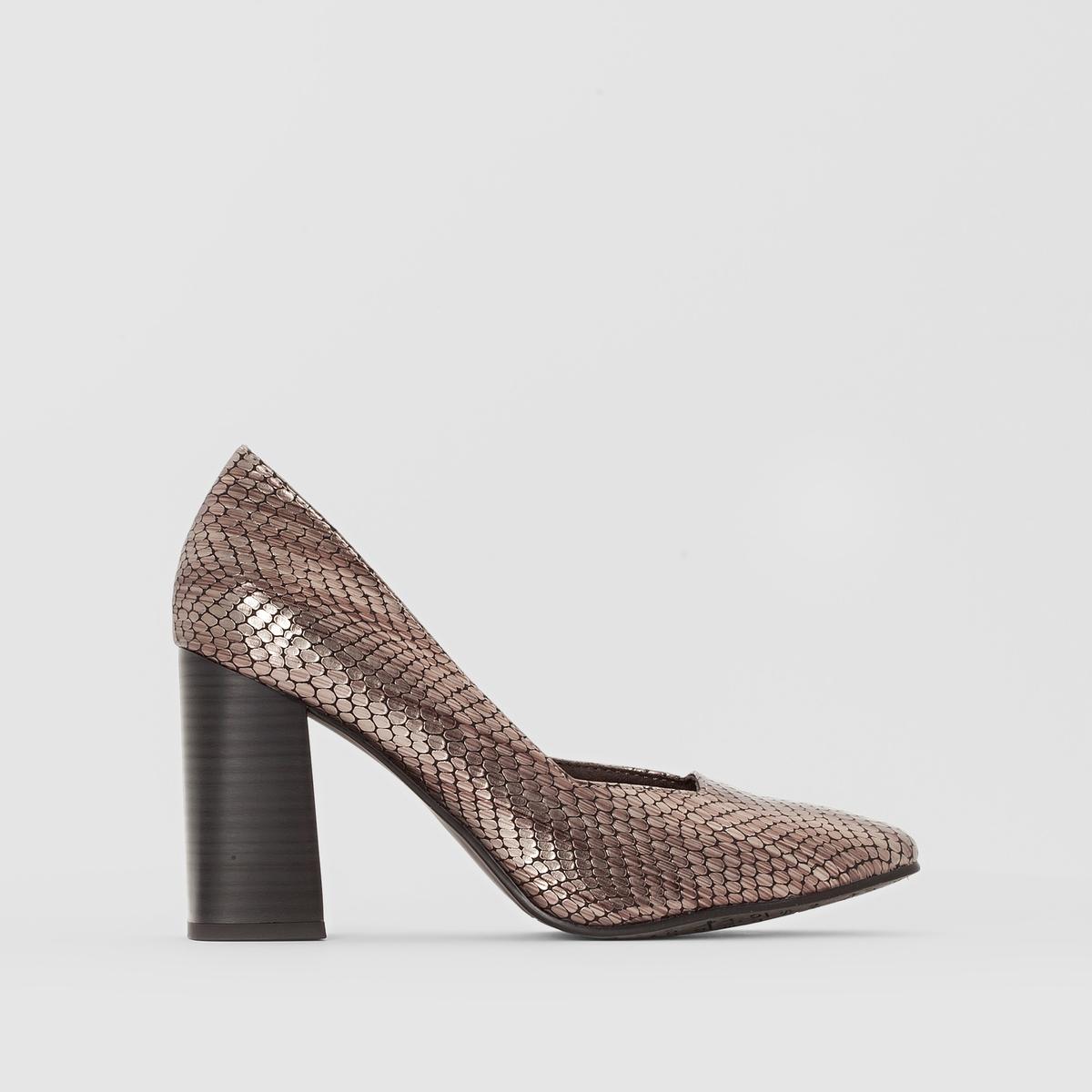 Туфли с металлическим блеском 22440-27Подкладка : текстиль   Стелька : Синтетический материал   Подошва : синтетика   Высота каблука : 8,5 см   Высота голенища : 6,5 см   Форма каблука : широкий   Мысок : квадратный   Застежка : без застежки<br><br>Цвет: серый металлик<br>Размер: 41