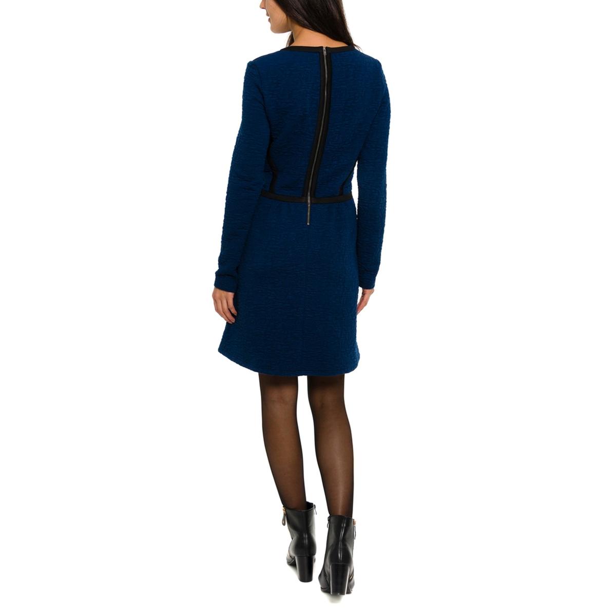 Платье с рисунком и длинными рукавамиПлатье PARAMITA. Цветочный принт. Рубашечный воротник. Пояс на завязках.          Состав и описание:Материал: 100% вискозы.     Марка: PARAMITA.<br><br>Цвет: темно-синий<br>Размер: S.M