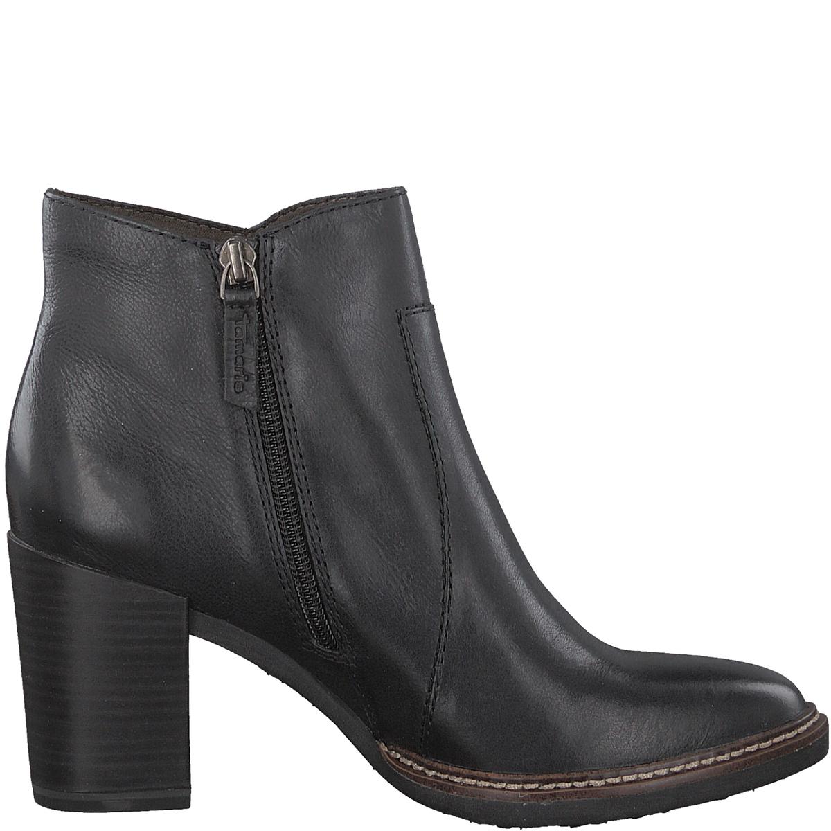 Ботильоны кожаные JolyДетали •  Высота голенища : 10 см, размер 37  •  Высота каблука : 8 см. •  Застежка : на молнию •  Круглый мысокСостав и уход •  Верх 100% кожа •  Подкладка 50% кожи, 50% текстиля •  Стелька 100% текстиль<br><br>Цвет: черный<br>Размер: 38