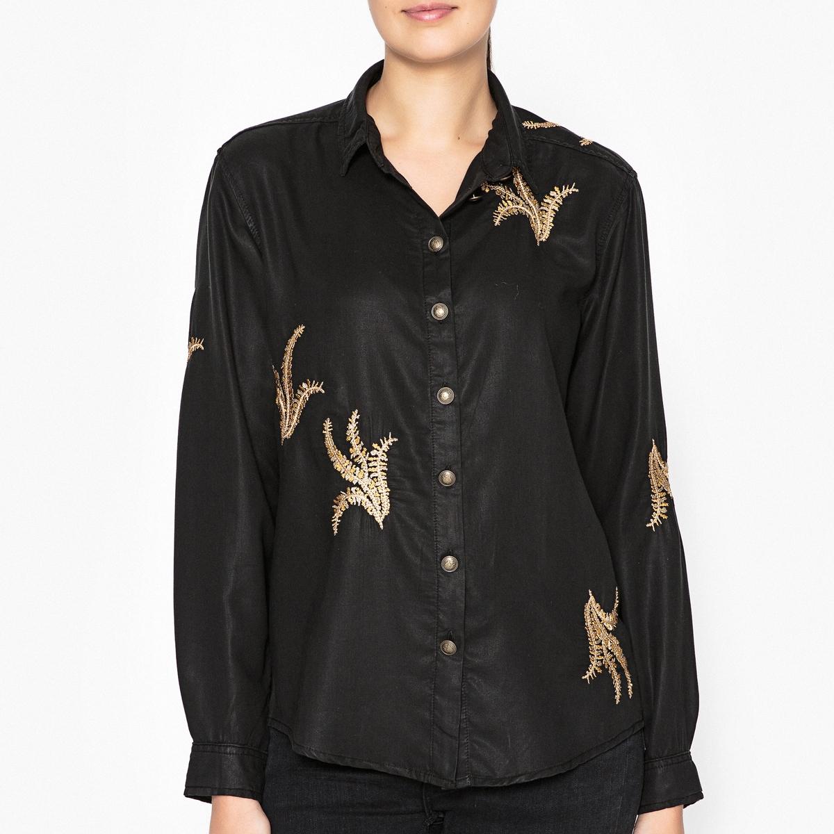 Рубашка с вышивкой JAMESРубашка с длинными рукавами THE KOOPLES - модель JAMES с контрастной вышивкой золотистого цвета.Детали   •  Длинные рукава  •  Прямой покрой  •  Воротник-поло, рубашечный Состав и уход   •  100% лиоцелл  •  Следуйте советам по уходу, указанным на этикетке •  Пуговицы металлизированные контрастные в виде кнопок  •  Воротник классический со свободными краями •  Манжеты на пуговицах<br><br>Цвет: черный