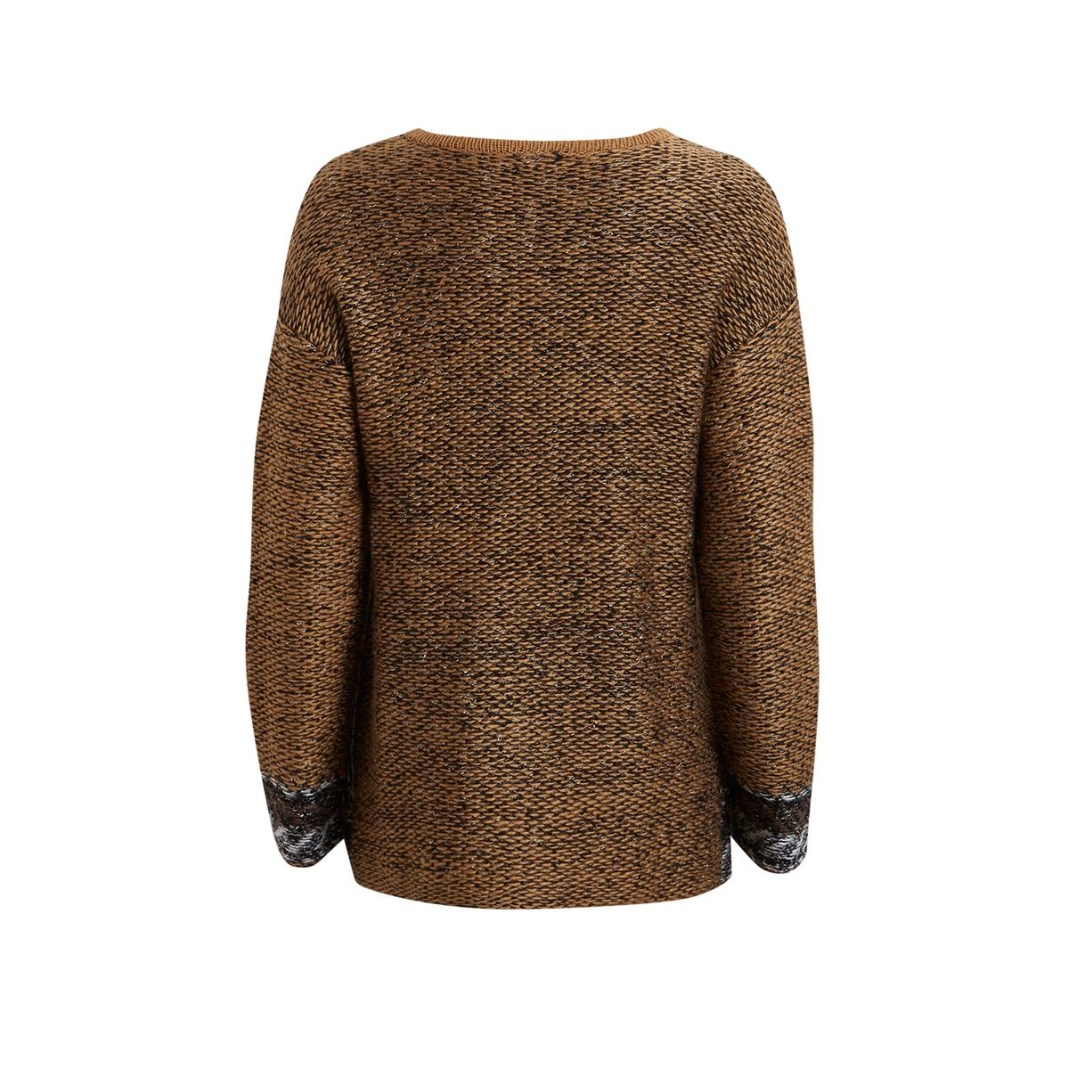 Пуловер VIMOUNTAIN KNIT TOPПуловер VIMOUNTAIN KNIT TOP от VILA . Пуловер прямого покроя. Длинные рукава. Свободный круглый вырез. Боковые карманы.Состав и описание :Материал : 37% акрила, 30% шерсти, 20% хлопка, 13% полиэстера Марка : VILA.<br><br>Цвет: ореховый<br>Размер: M