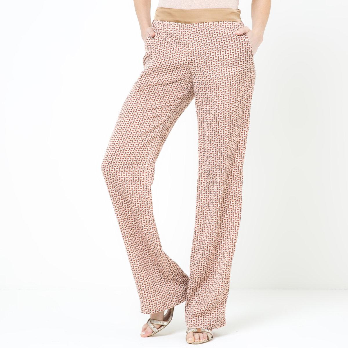 Брюки из струящейся ткани с рисункомLa Redoute рекомендует заказывать одежду на один размер больше, чем вы обычно носите.<br><br>Цвет: набивной рисунок<br>Размер: 38 (FR) - 44 (RUS).42 (FR) - 48 (RUS).40 (FR) - 46 (RUS)