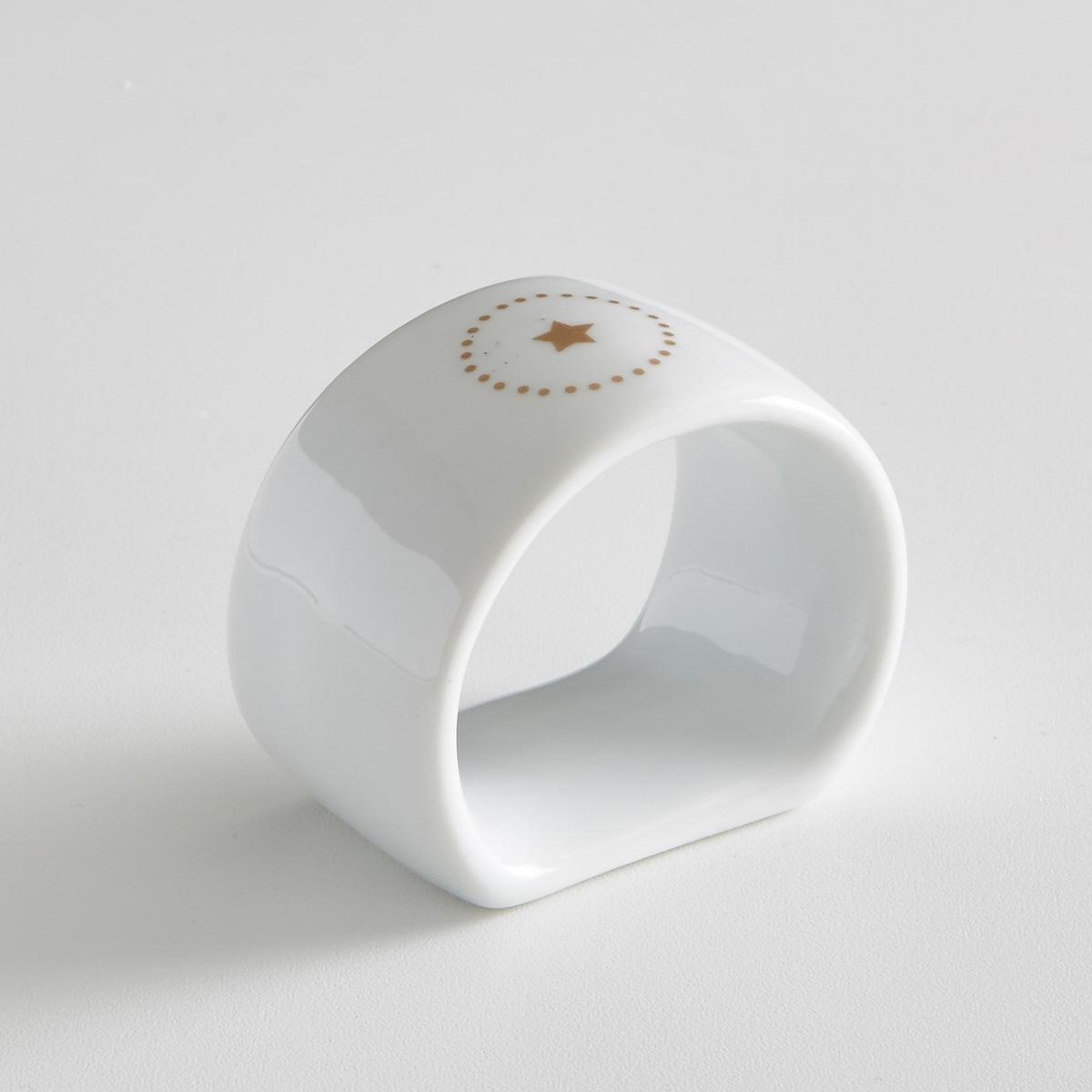 Комплект из 4 колец для салфеток, KUBLERОписание:4 кольца для салфеток из фарфора Kubler. Благородный фарфор в сочетании с оригинальными рисунками создают невероятно модный столовый аксессуар. Рисунок звезда сбоку с принтом в горошек вокруг.    Плоский низ.Характеристики 4 колец для салфеток  Kubler  : •  Кольца для салфеток из фарфора  •  Диаметр : 5, 2 см •  Использование в посудомоечной машине и микроволновой печи запрещено •  В комплекте 4 кольцаНайдите комплект посуды Kubler на нашем сайте laredoute.ru<br><br>Цвет: белый