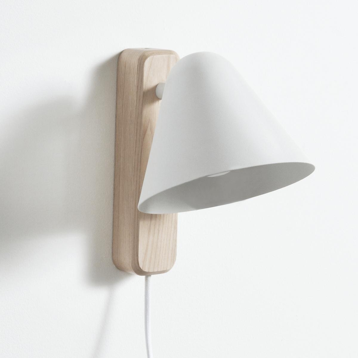 Бра из дерева и металла CotapiБра Cotapi. Замечательный дизайн бра Cotapi для изысканного и современного светильника.Описание бра Cotapi :Поворачивающийся влево-вправо абажур.Патрон E14 для лампы макс. 25 Вт (продается отдельно).Светильник совместим с лампами класса энергопотребления : ABCDE. Характеристики бра Cotapi :Стенной кронштейн из ясеня.Абажур из металла с покрытием эпоксидной краской и матовым лаком.Кабель с оболочкой из текстиля.Другие модели коллекции Cotapi вы можете найти на сайте laredoute.ruРазмеры бра Cotapi :Высота 20 см, длина 20 см, глубина 15,6 см. Размер и вес посылки : 1 посылкаШ.22 x Г.17,5 x В.22 см.1,1 кг.<br><br>Цвет: белый/дерево<br>Размер: единый размер