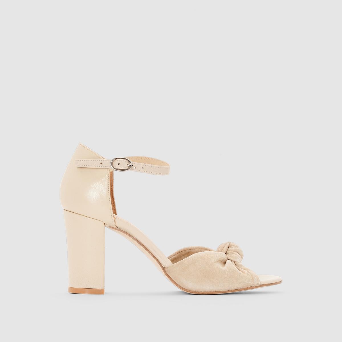 Туфли с ремешком на щиколоткеПреимущества  : максимально женственные и элегантные, но в то же время комфортные туфли JONAK.<br><br>Цвет: бежевый<br>Размер: 41.37