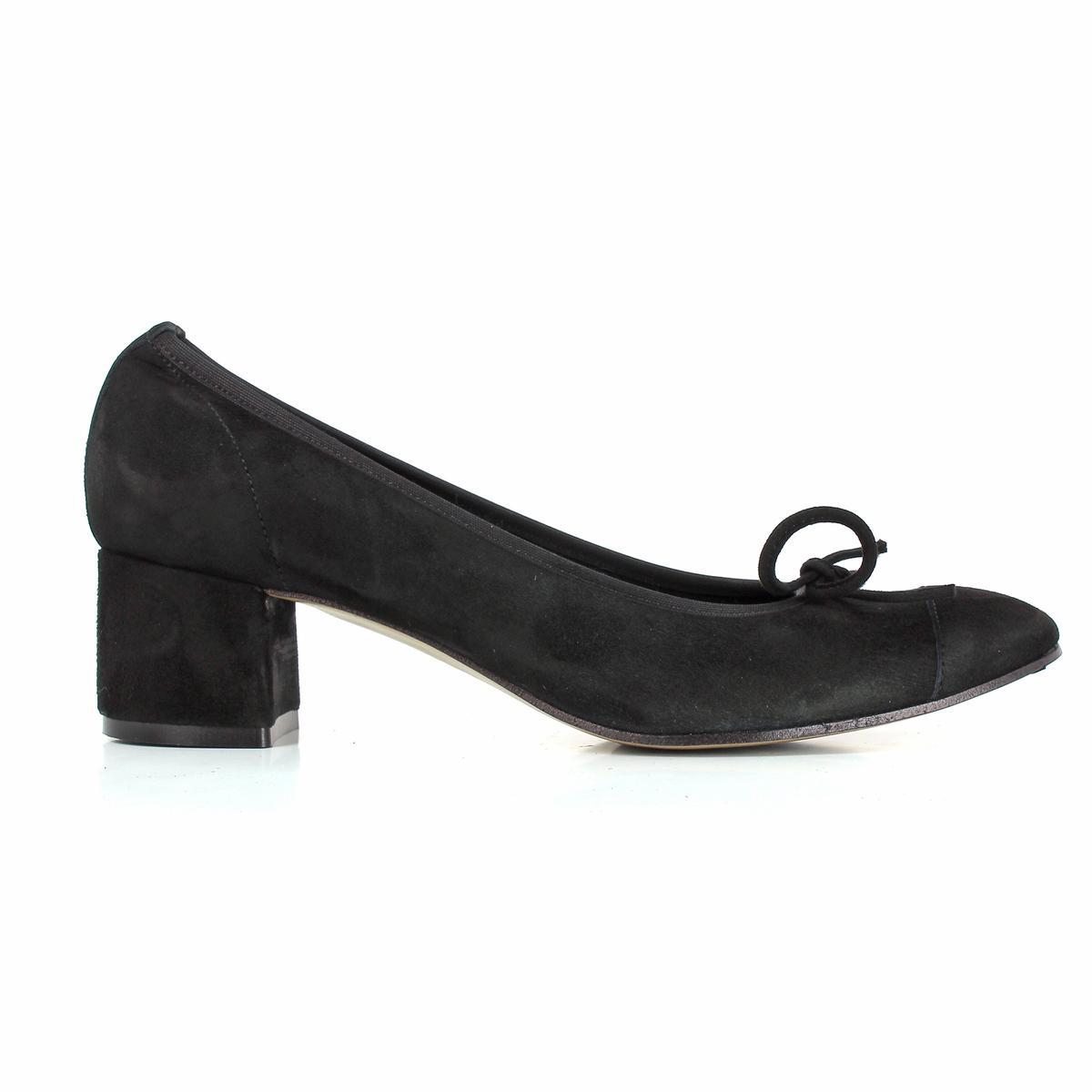 Туфли велюровые на каблуке,  DICOПодкладка: Кожа и текстиль.Стелька: Кожа. Подошва: Синтетический материал.     Высота каблука: 4,5 см.   Форма каблука: широкая.   Мысок: круглый.          Застежка: Без застежки.<br><br>Цвет: черный<br>Размер: 40