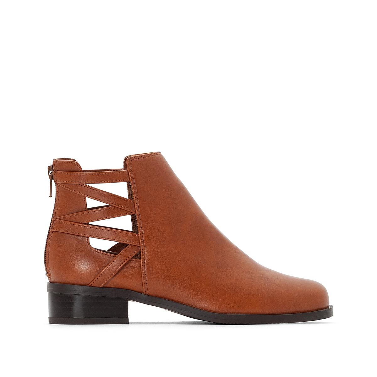 Boots apertura laterale geometrica