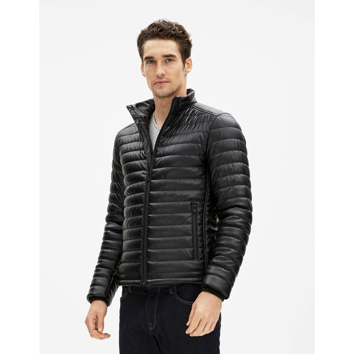 Куртка под кожу FuretoКуртка с длинными рукавами под кожу Fureto - CELIO. Прямой покрой, высокий воротник. Застежка на молнию. 2 кармана.  Состав и описаниеМатериал : 100% полиуретанаМарка : CELIO.<br><br>Цвет: черный