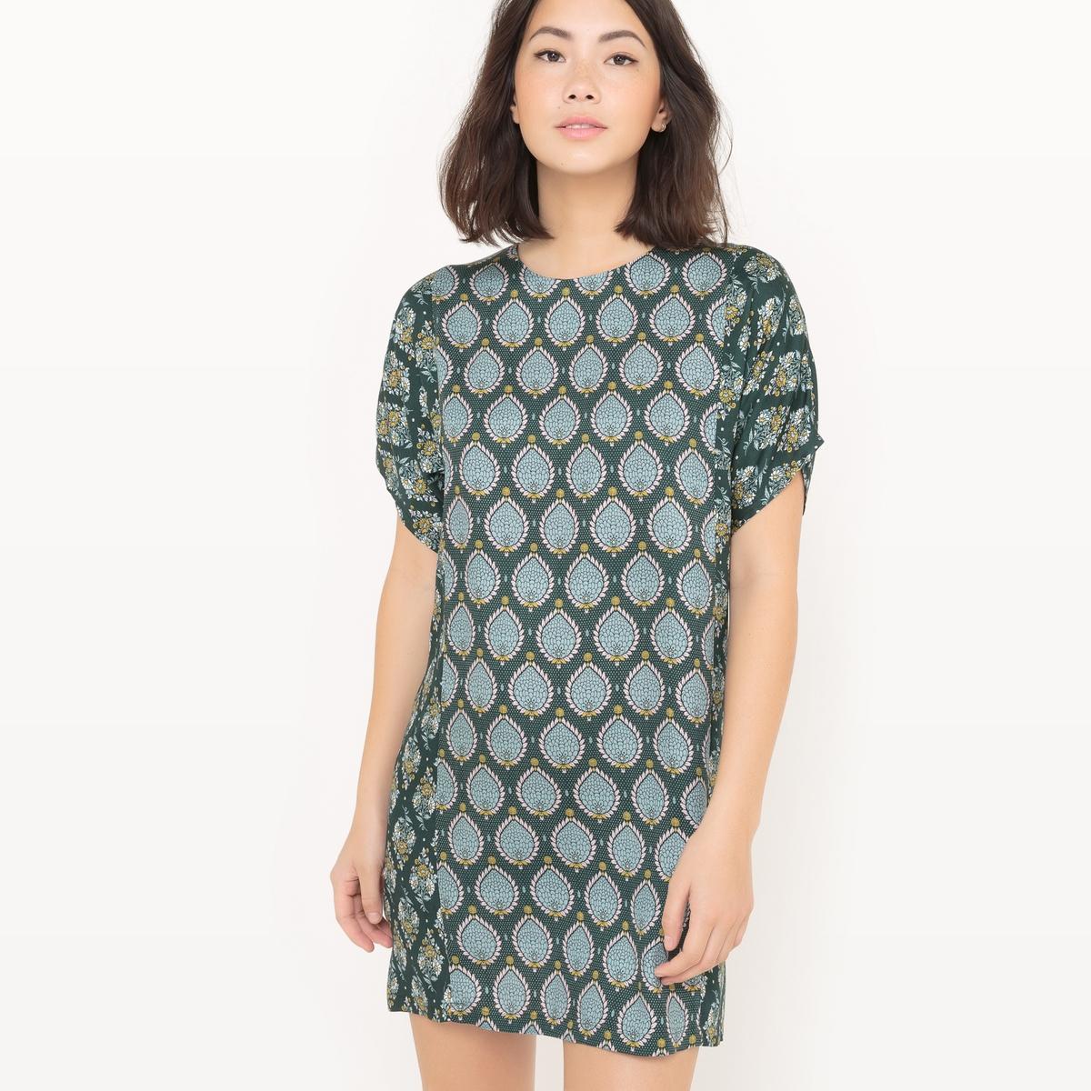 Платье-футляр с рисунком