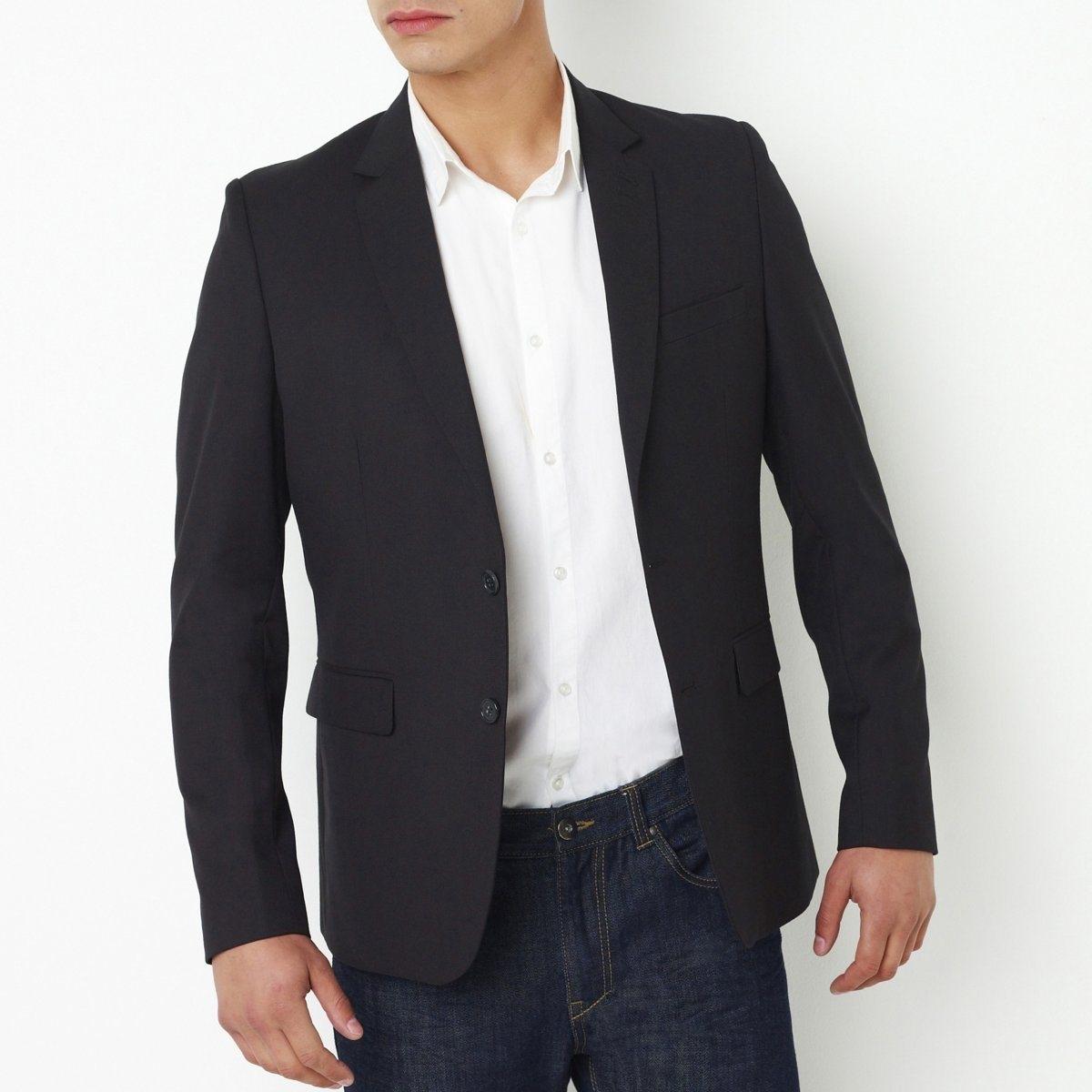 Пиджак костюмныйКостюмный пиджак. 70 % полиэстера, 30 % вискозы. Прямой покрой. Застежка на 2 пуговицы. 2 обшитые пуговичные петли на отвороте воротника. Тонкие подплечники. 2 вытачки спереди.   2 кармана с клапаном + 1 нагрудный карман. 2 внутренних кармана. Шлица сзади по центру. На подкладке. Дл. 77 см.<br><br>Цвет: темно-синий,черный<br>Размер: 42