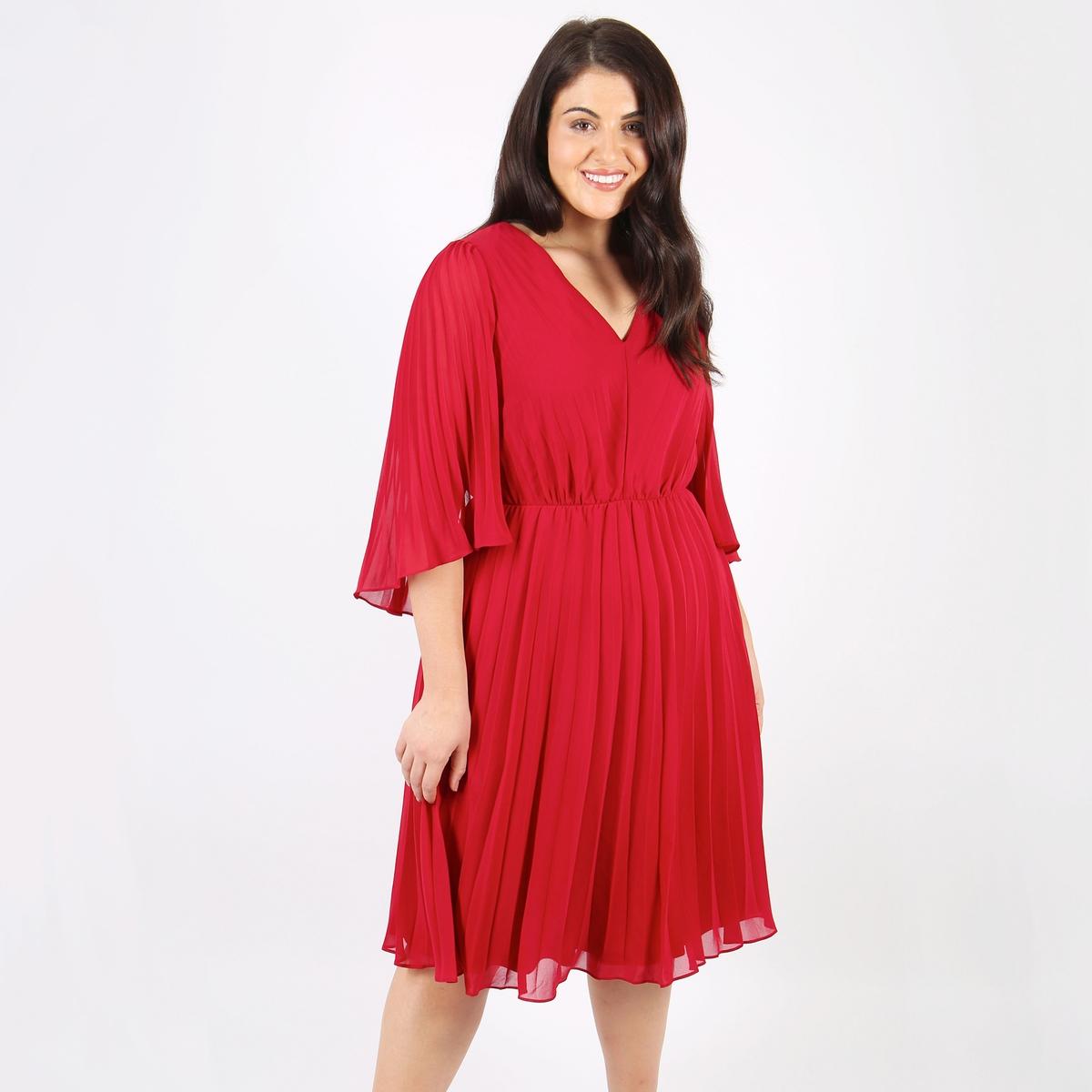 Платье расклешенное до колен с короткими рукавами, с рисунком в горошекДетали •  Форма : расклешенная •  Длина до колен •  Короткие рукава    •   V-образный вырез •  Рисунок в горошекСостав и уход •  100% полиэстер •  Следуйте рекомендациям по уходу, указанным на этикетке изделияТовар из коллекции больших размеров<br><br>Цвет: красный