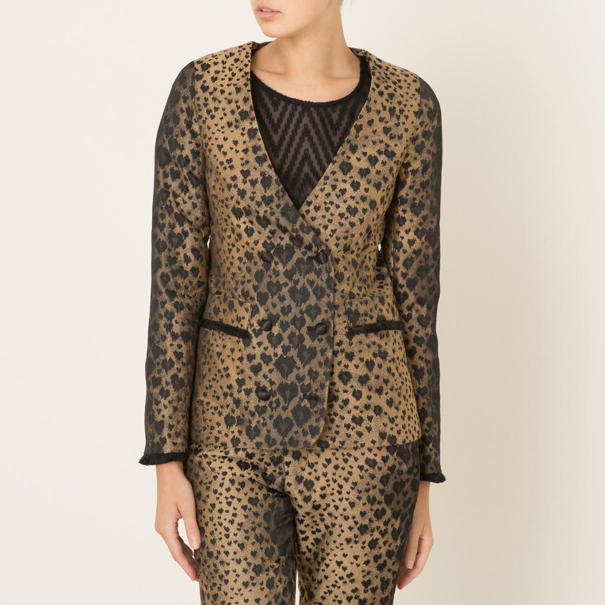 Жакет с леопардовым рисунком