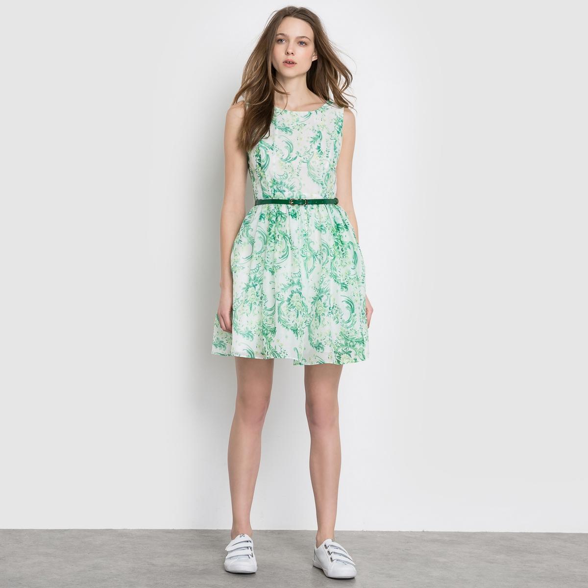 Платье с короткими рукавамиПлатье с принтом MOLLY BRACKEN . Короткие рукава. Круглый вырез. Тонкий зеленый ремешок . Большой V-образный вырез сзади . Состав и описание                      Материал: 100% полиэстера                     Марка MOLLY BRACKEN<br><br>Цвет: белый/зеленый<br>Размер: M