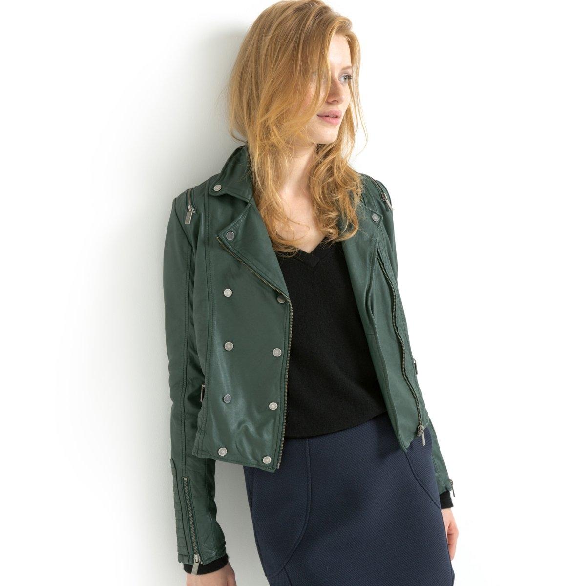 Блузон кожаныйДвойная застежка на кнопки спереди. 2 кармана по бокам.  Оригинальная застежка на молнию на плечах. Молнии внизу рукавов. Длина 54 см.<br><br>Цвет: темно-зеленый<br>Размер: 36 (FR) - 42 (RUS)