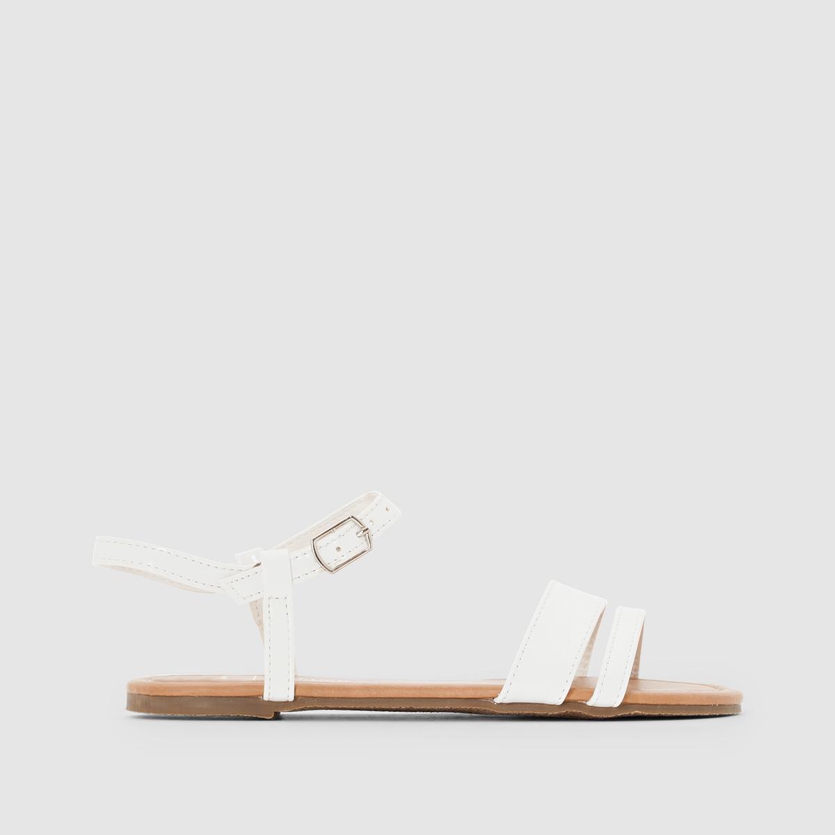 Сандалии из синтетикиОписание:Детали  •  Плоский каблук •  Застежка : ремешок/пряжка •  Открытый мысок •  ЛакированныеСостав и уход  •  Верх 100% синтетический материал •  Подкладка 100% синтетический материал<br><br>Цвет: белый,синий<br>Размер: 36.31.38