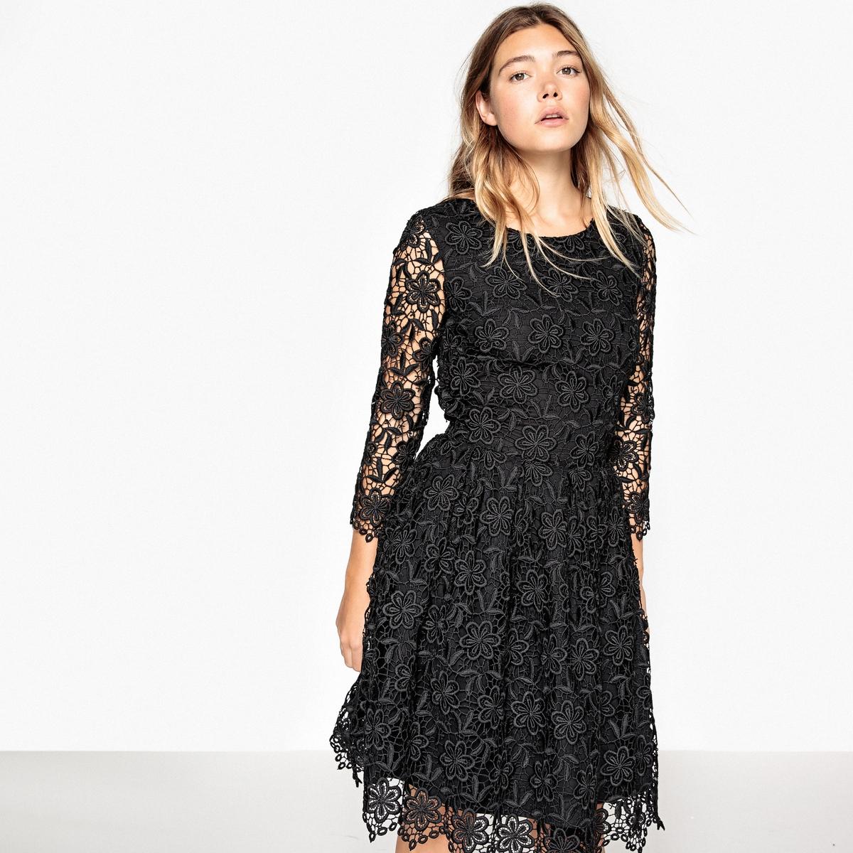 Гипюровое платье, с вырезом сзади