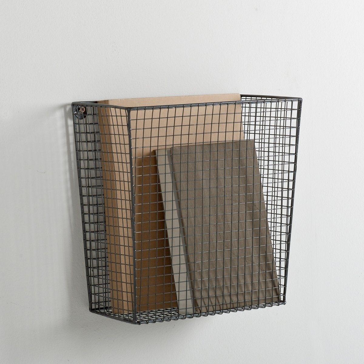 2 металлические корзины для хранения.Особые крепления повзоляют прикрутить корзины к стене для максимальной экономии свободного пространства.Размер первой корзины: 25,4 x 12,7 x 25,4 см.Размер второй корзины: 30,5 x 15,5 x 30,5 см.<br><br>Цвет: серый