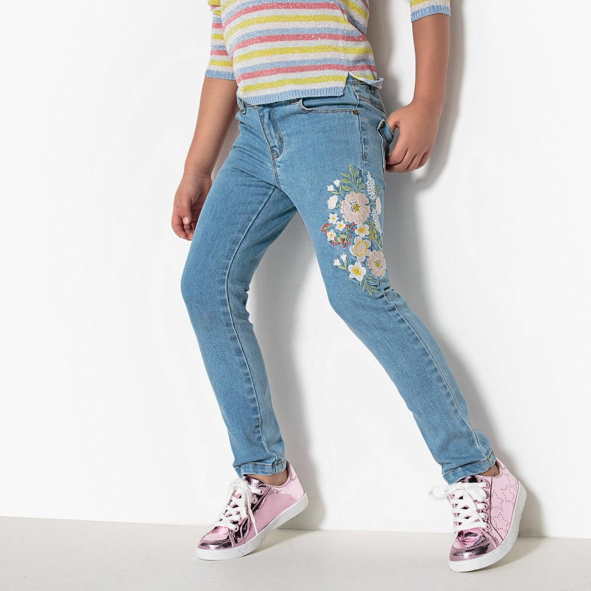 Джинсы узкие с вышивкой 3-12 лет