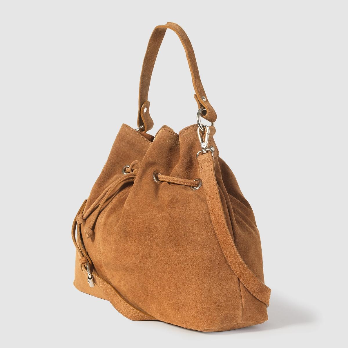 Сумка-мешок из мягкой кожиПреимущества : незаменимая в этом сезоне сумка из кожи не только создаёт утонченный аутентичный образ, но и очень вместительна.<br><br>Цвет: темно-бежевый<br>Размер: единый размер
